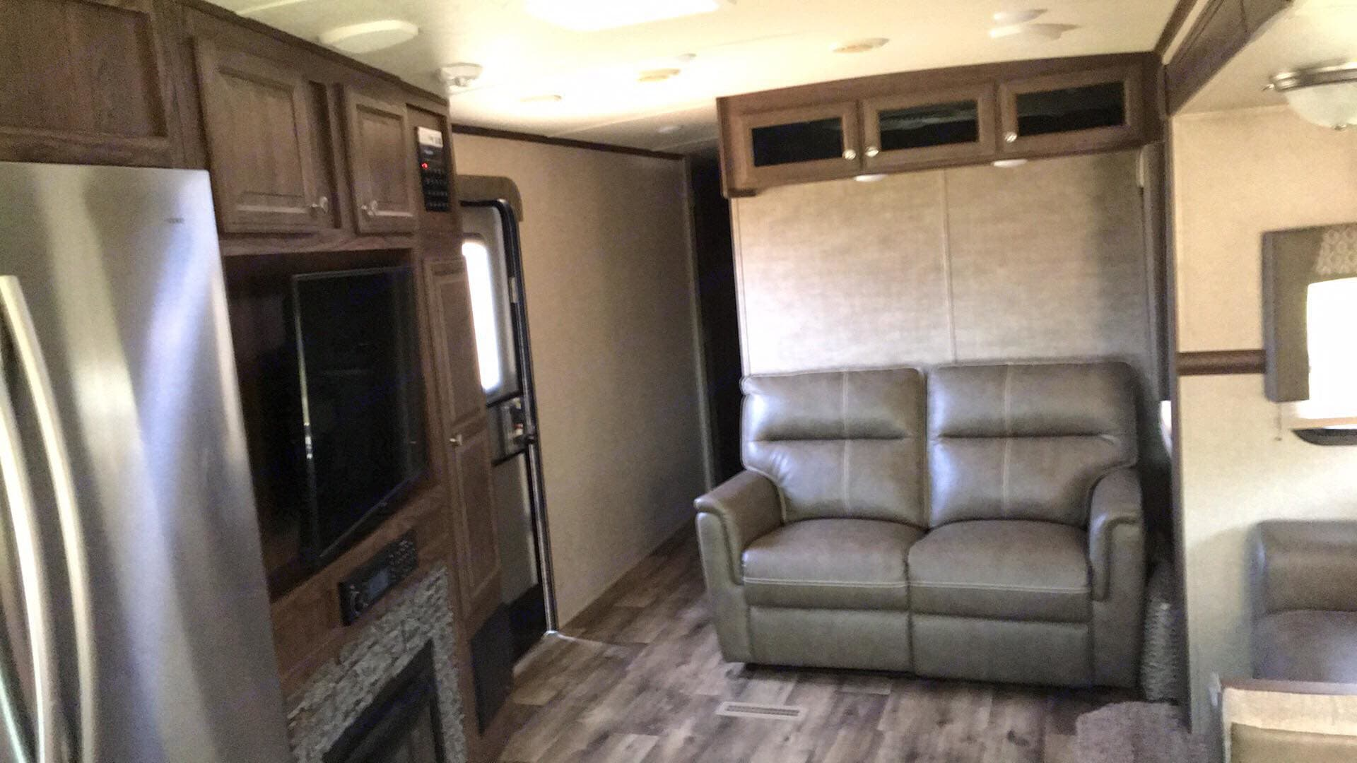 Reclining couch with heated seats! . Flagstaff Classic Super Lite 2018