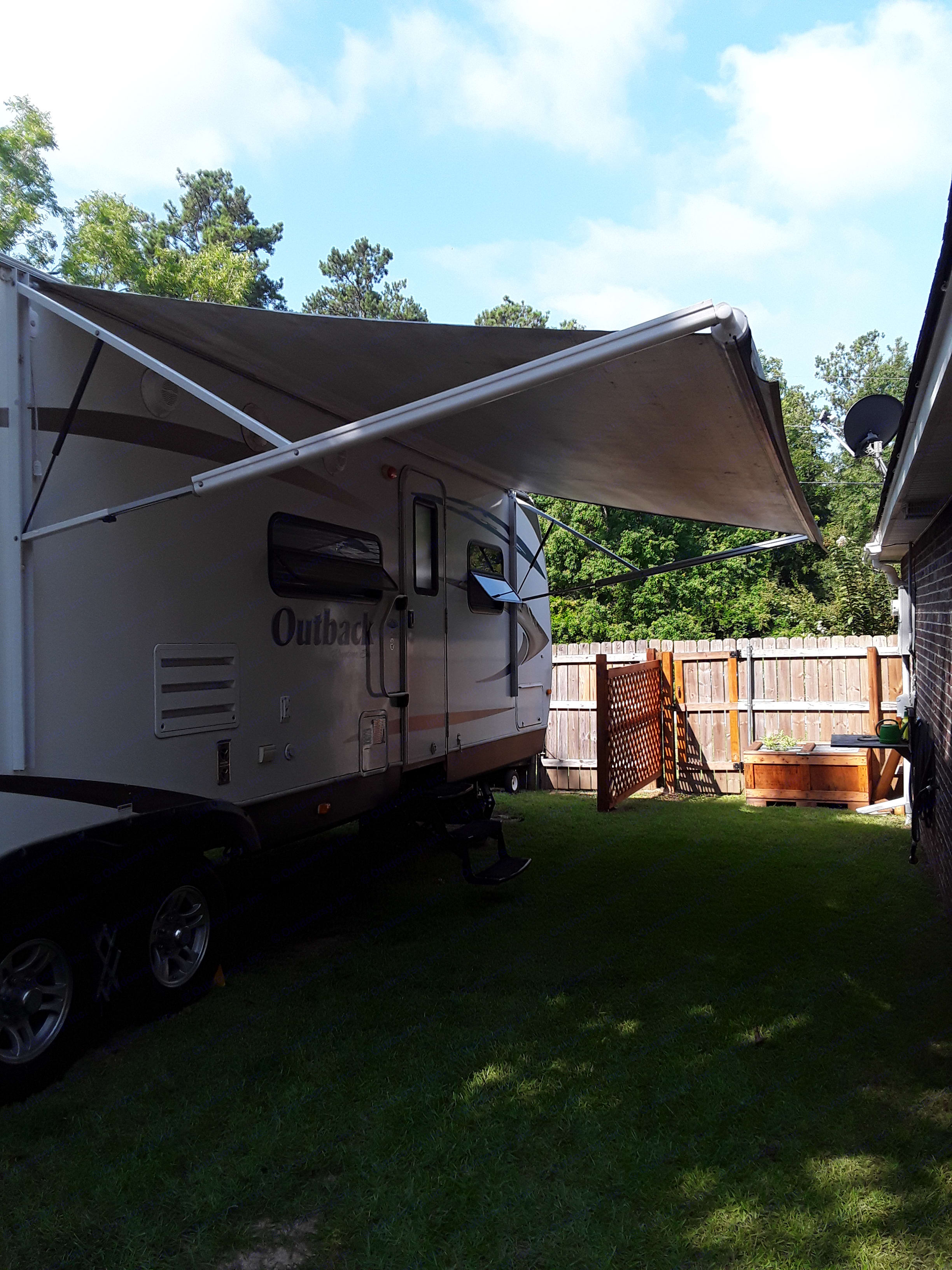 Electric awning with light line. Keystone Outback BH312 2011