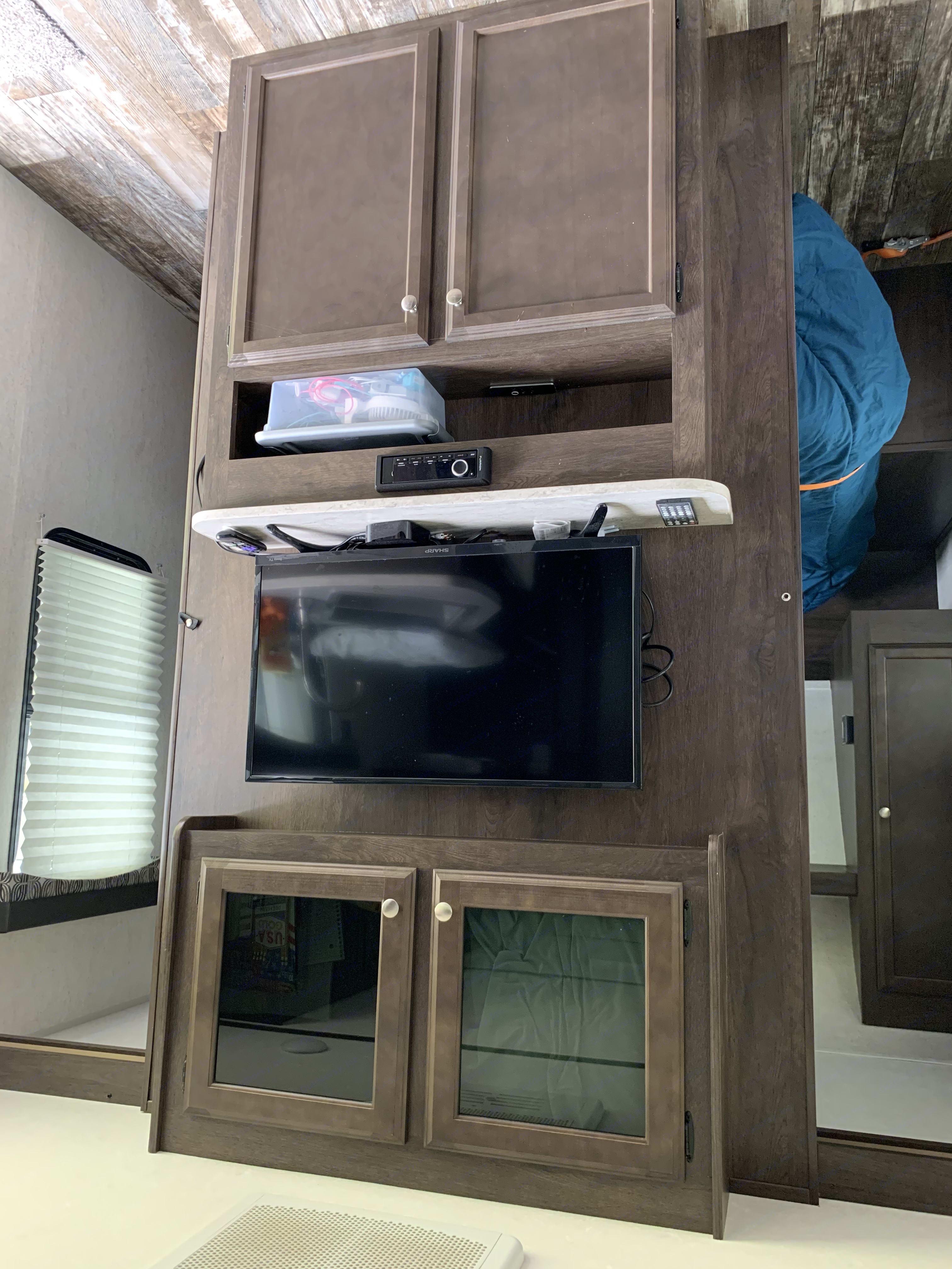 TV - sorry it's upside down. Starcraft Autumn Ridge 2018