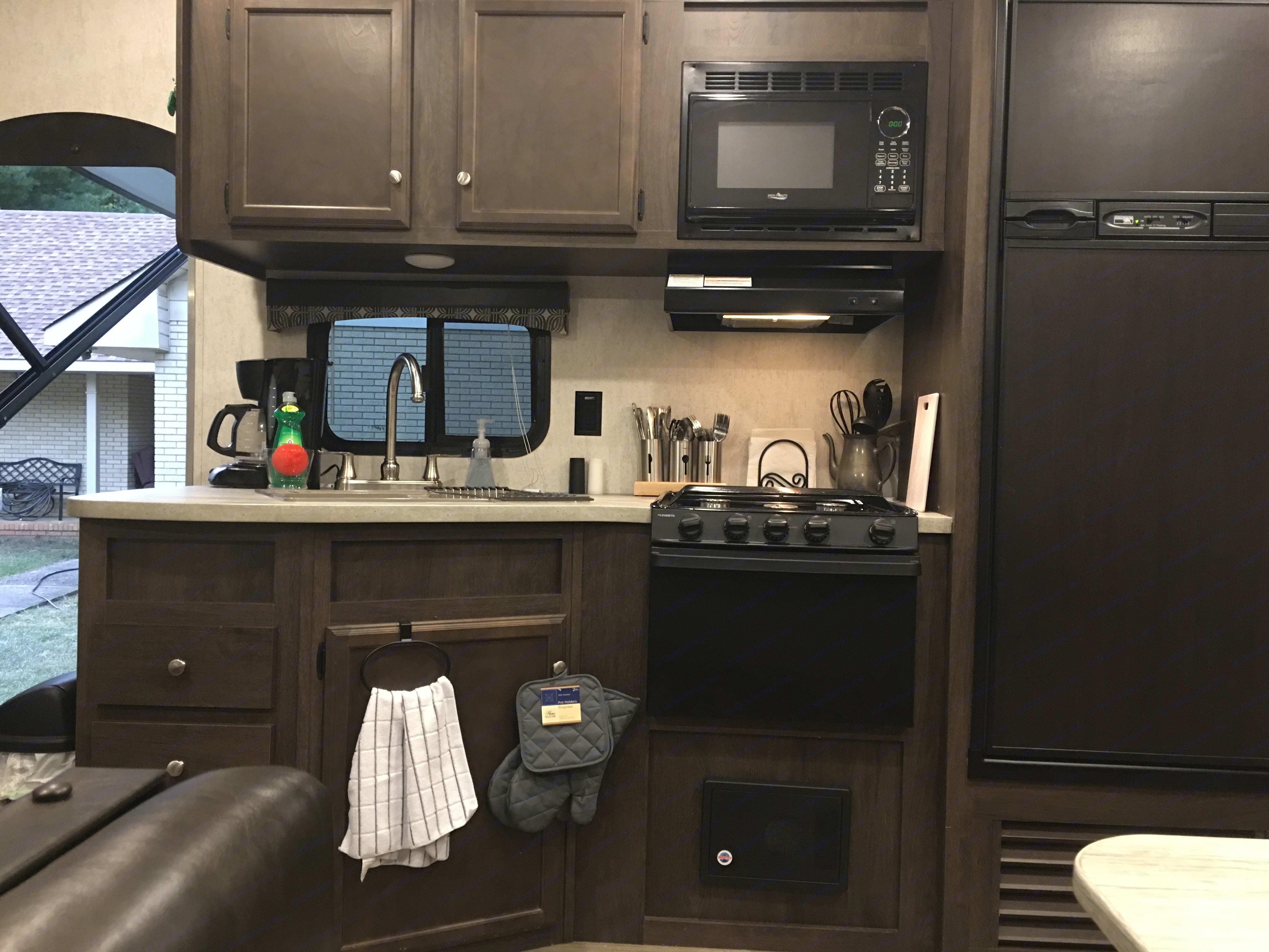 Kitchen. Starcraft Autumn Ridge 2018