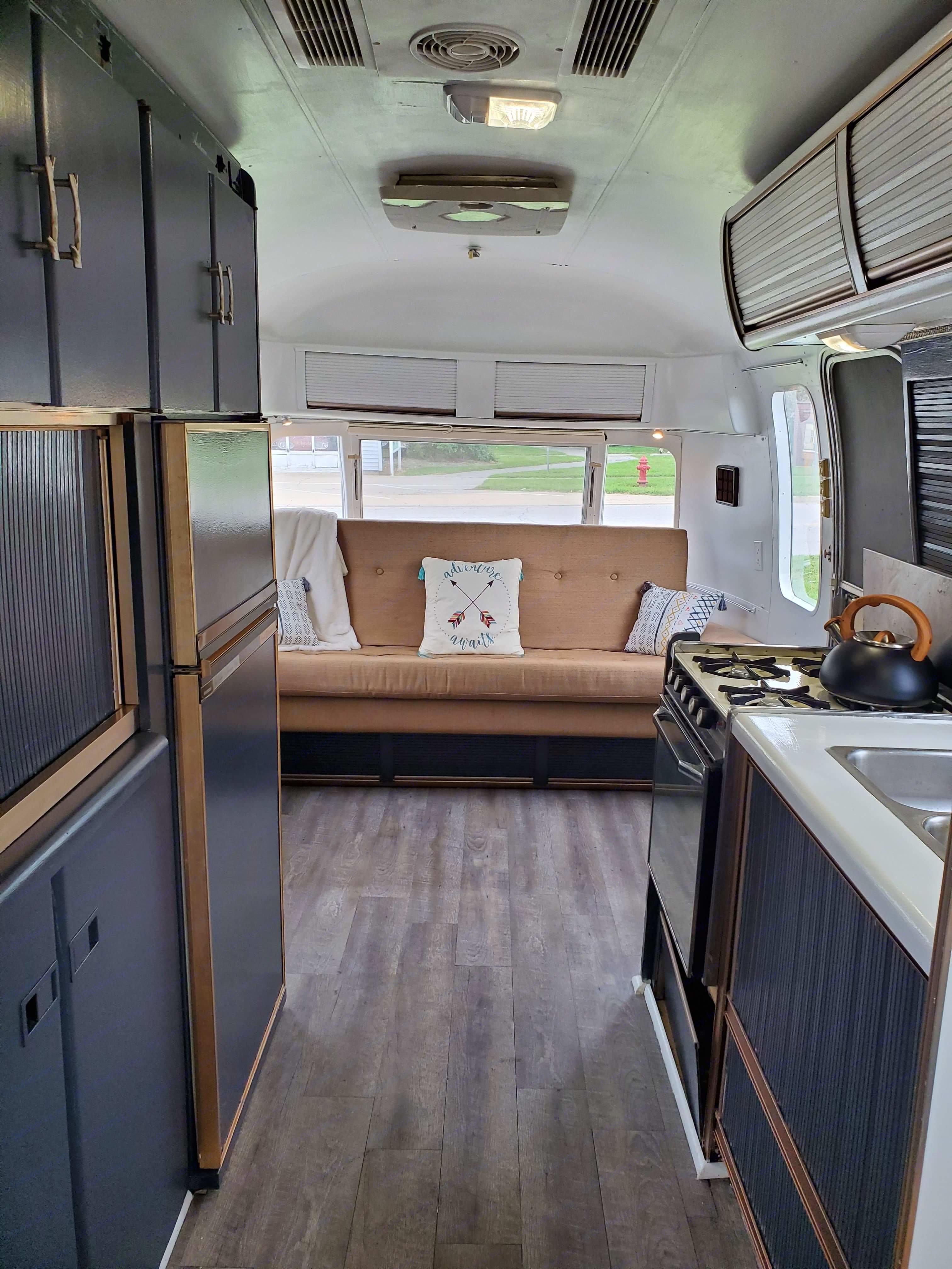 Airstream Excella