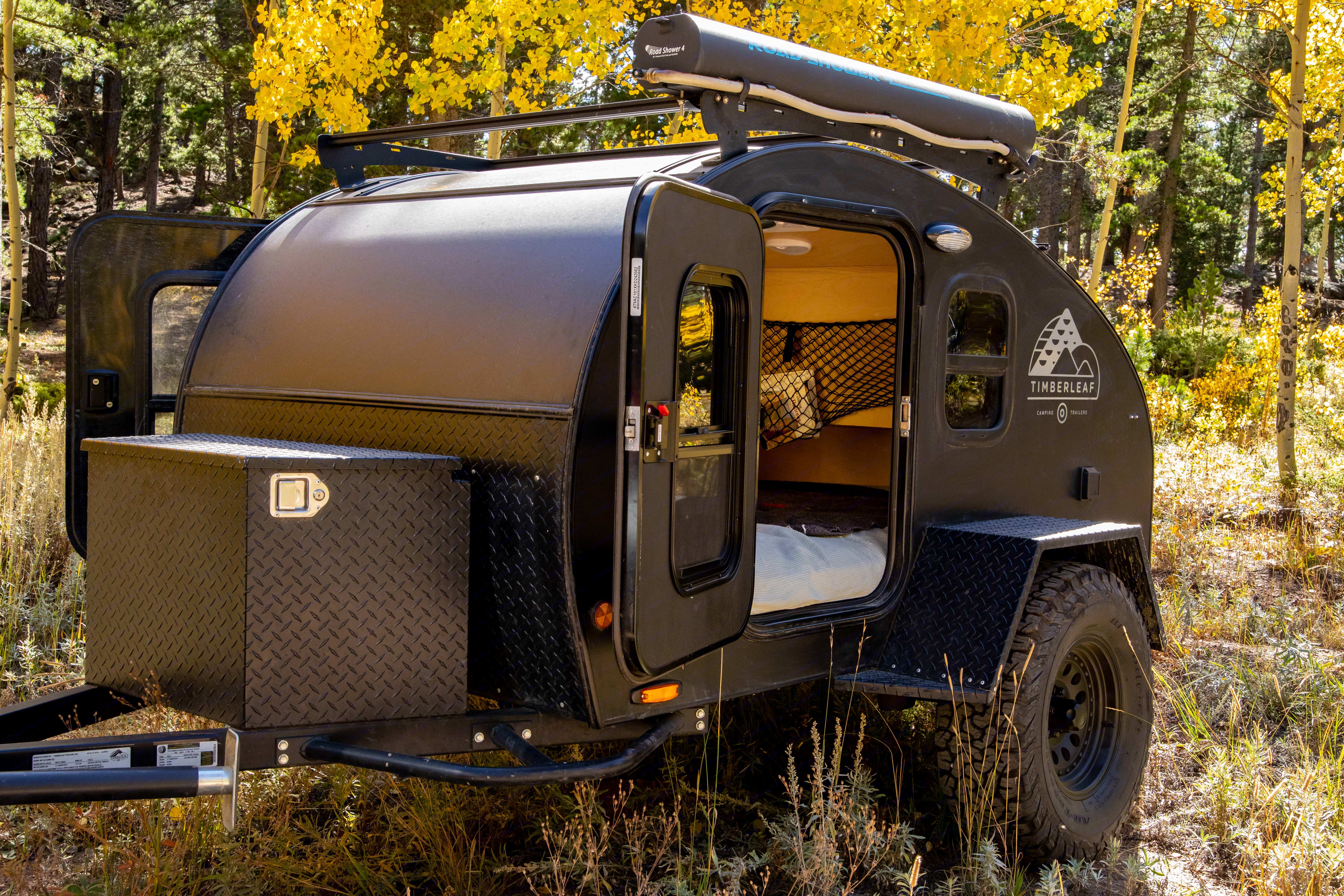 The lock box and rack add additional storage for all your adventure gear needs, while the road shower can be used to wash off yourself, gear, or even dishes after dinner. . Timberleaf Pika 2019