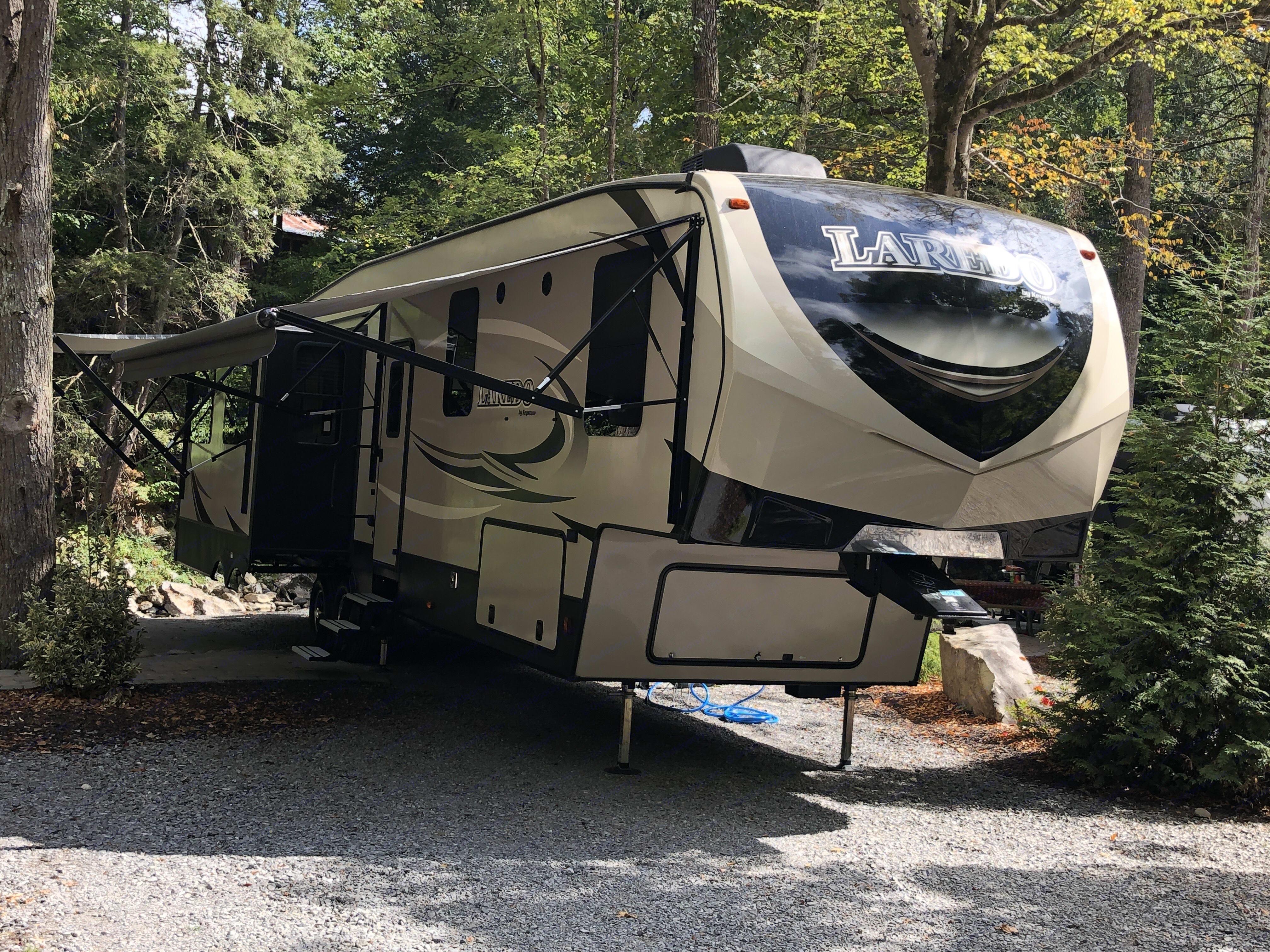 S'more Smoky Mountains maiden voyage to Great Smoky Mountains . Keystone Laredo 2018