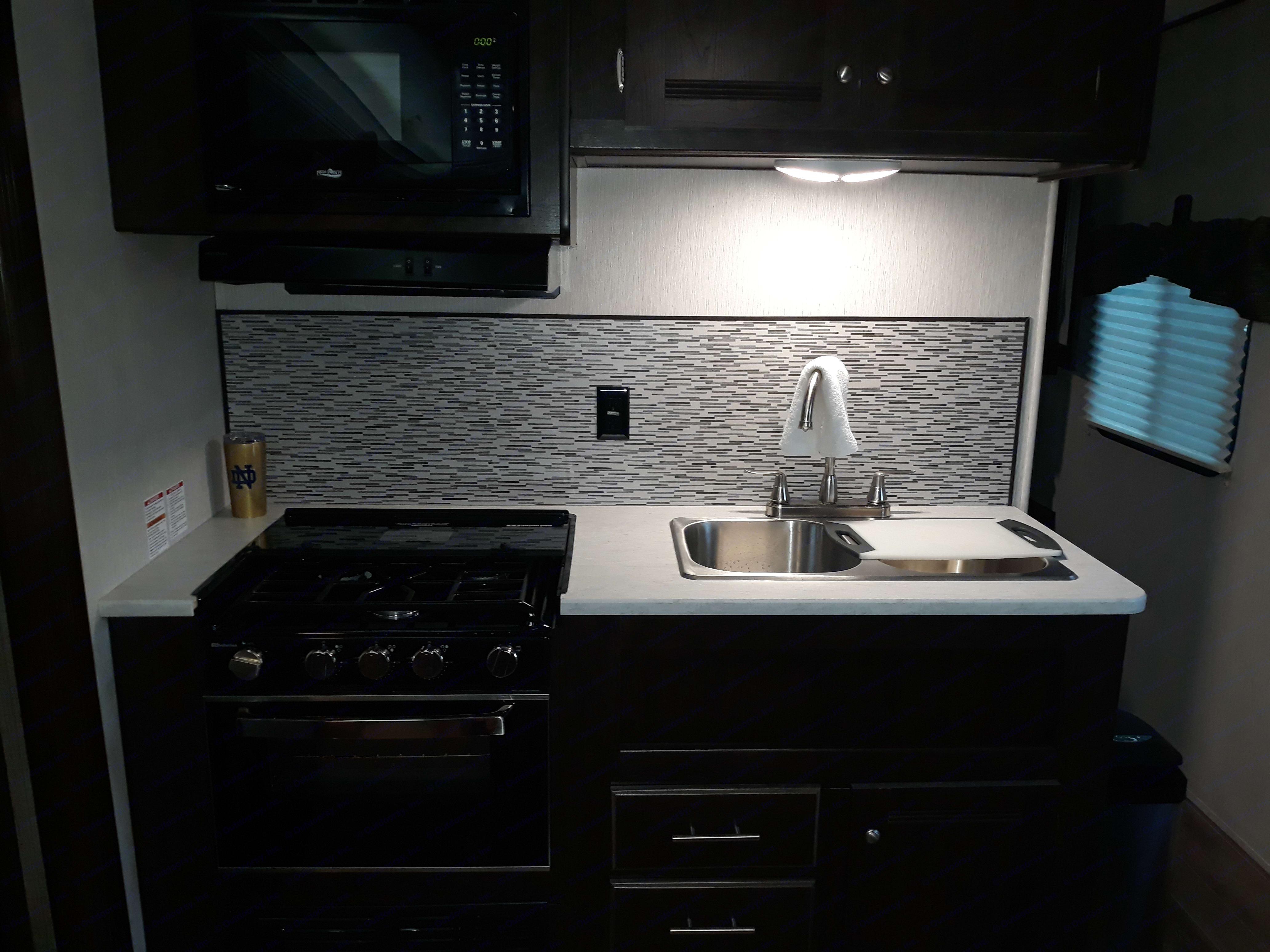 Kitchen. Heartland Trail Runner 2019