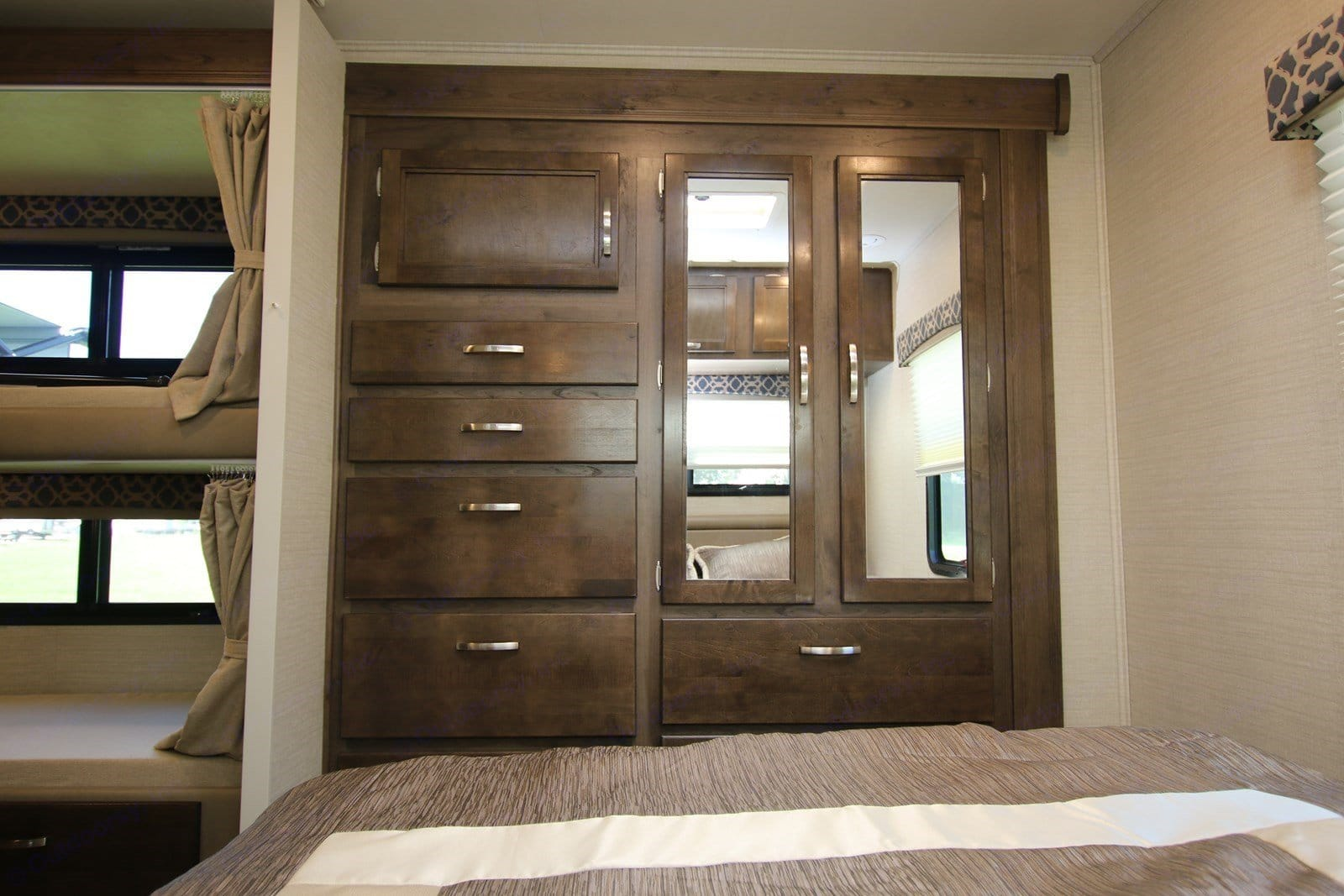 Master closet and drawers.. Jayco Redhawk 2019