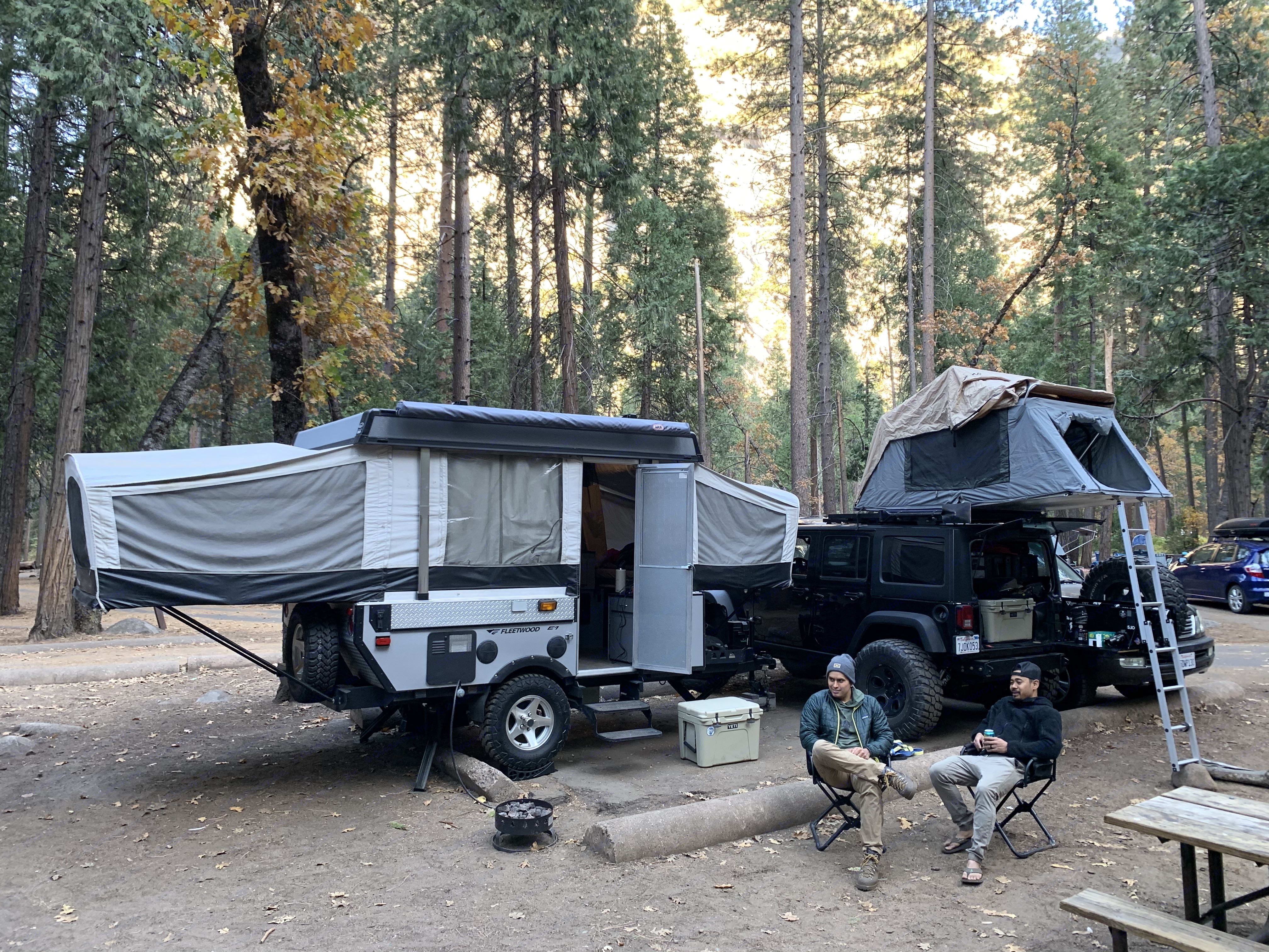 Hanging with the boys in the Yosemite Valley. Fleetwood Evolution 1 (E1) 2008