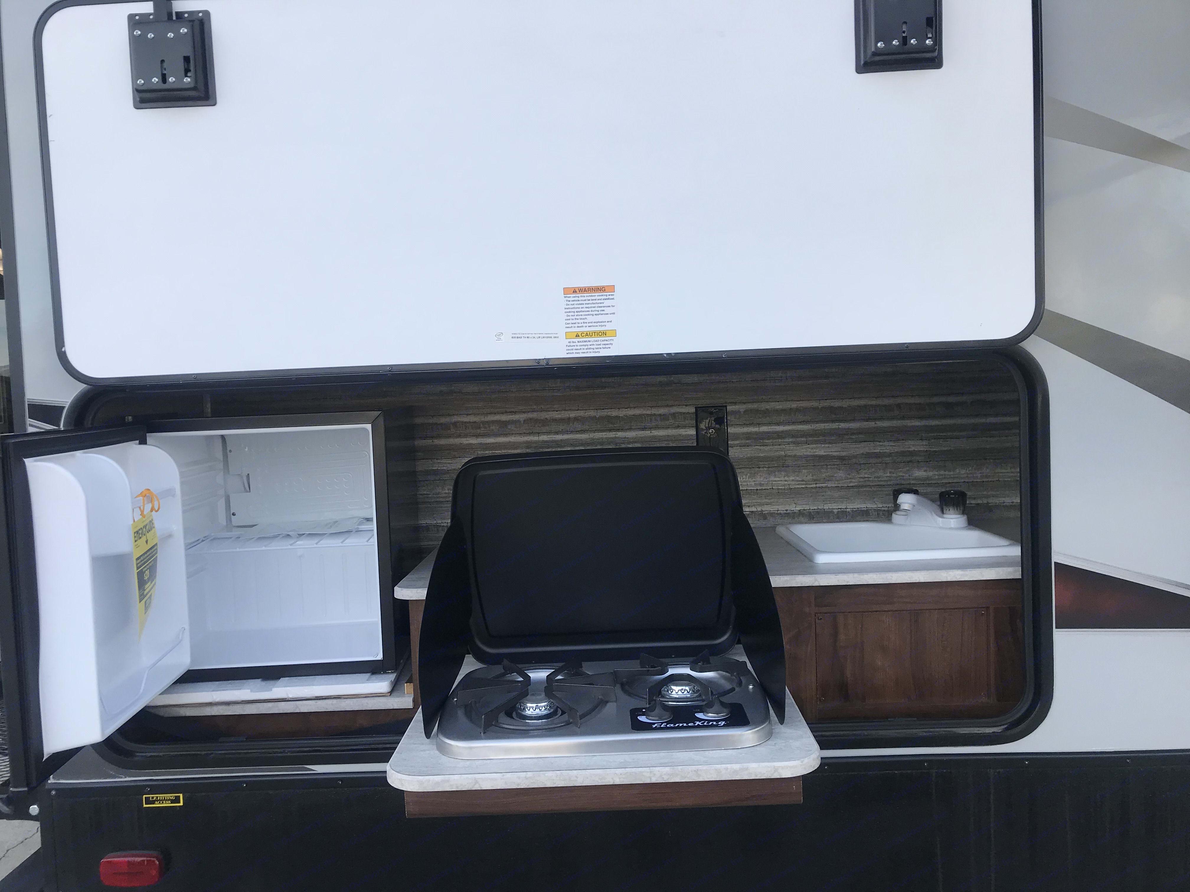 Exterior Kitchen w/ Fridge . Heartland Wilderness 2019