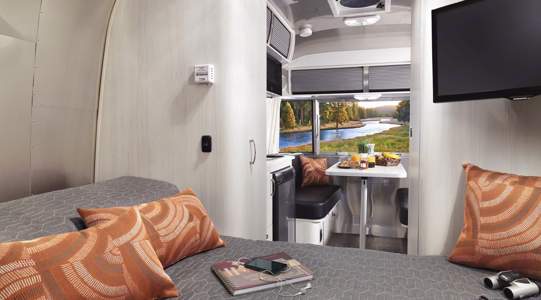 The interior is clean and friendly. . Airstream Airstream 2020