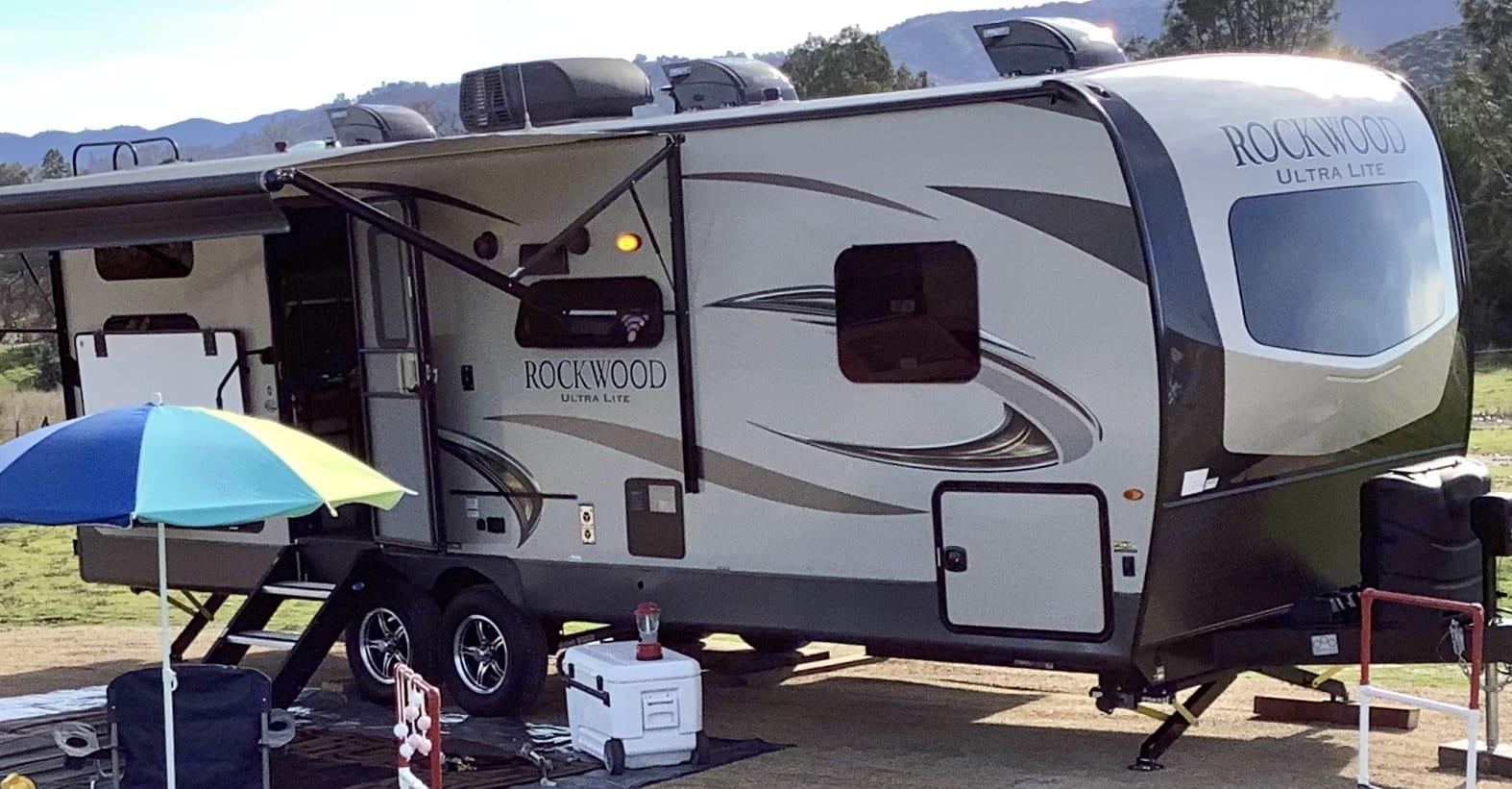 WeRV#1 2019 Rockwood Forest River 2609WS. Forest River Rockwood Ultra Lite 2019