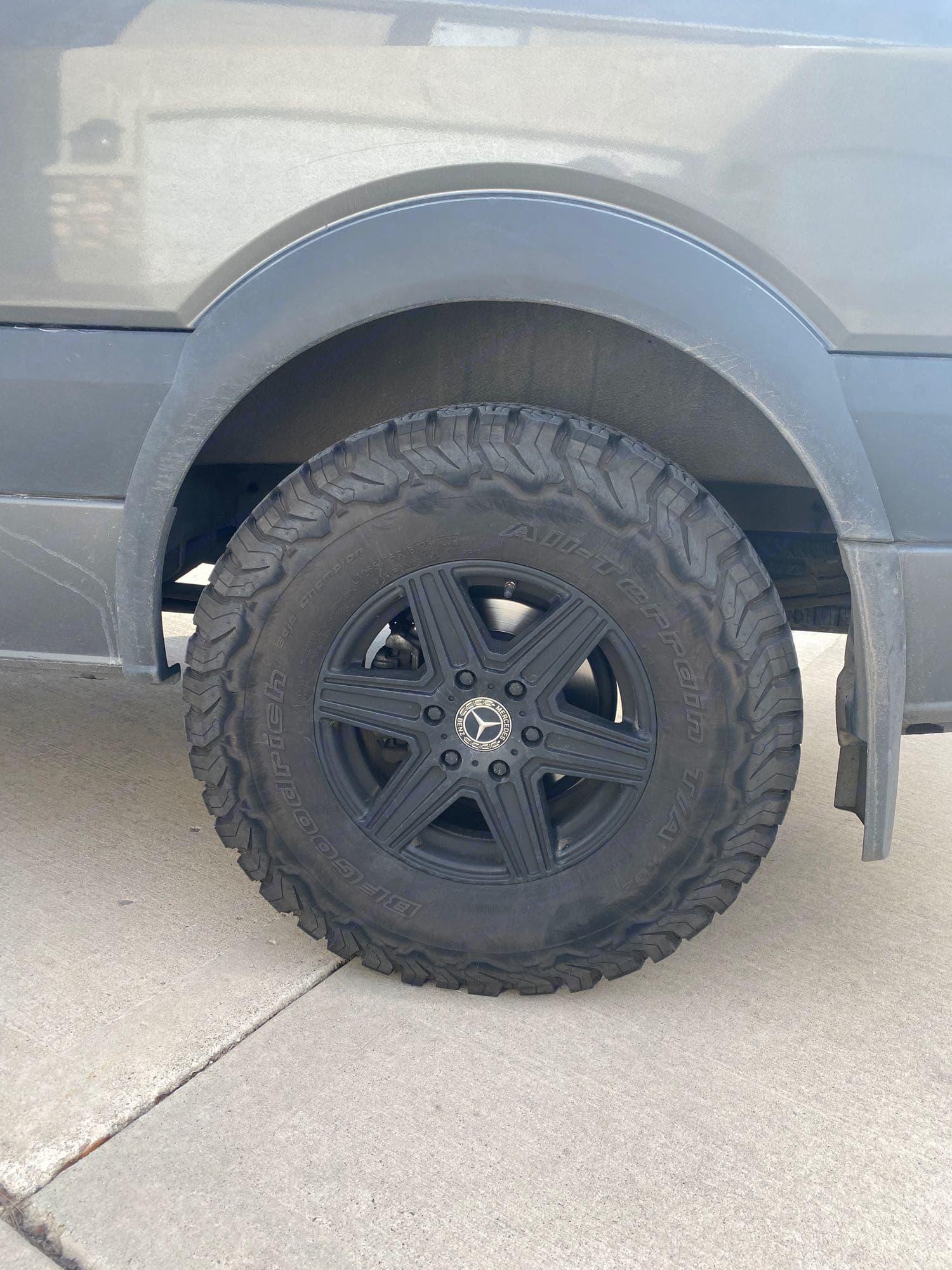rugged off pavement tires. Mercedes-Benz Sprinter 2018