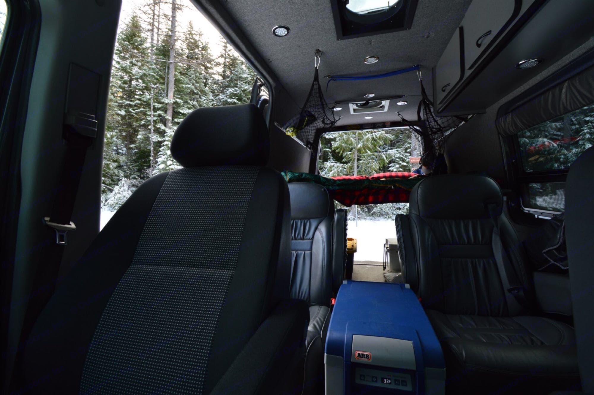 4 captains chairs! Dometic fridge! Plenty of space!. Mercedes-Benz Sprinter 2013