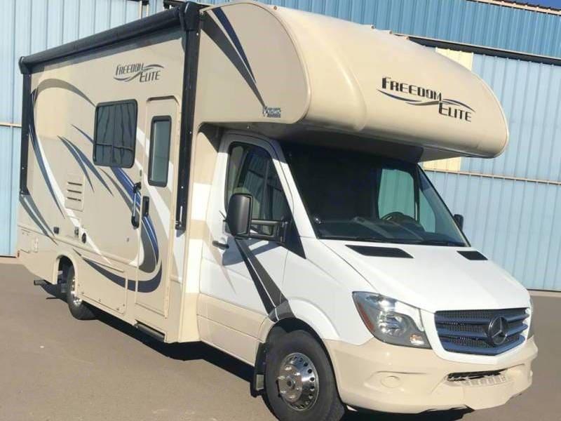 Thor Motor Coach Freedom Elite 2018