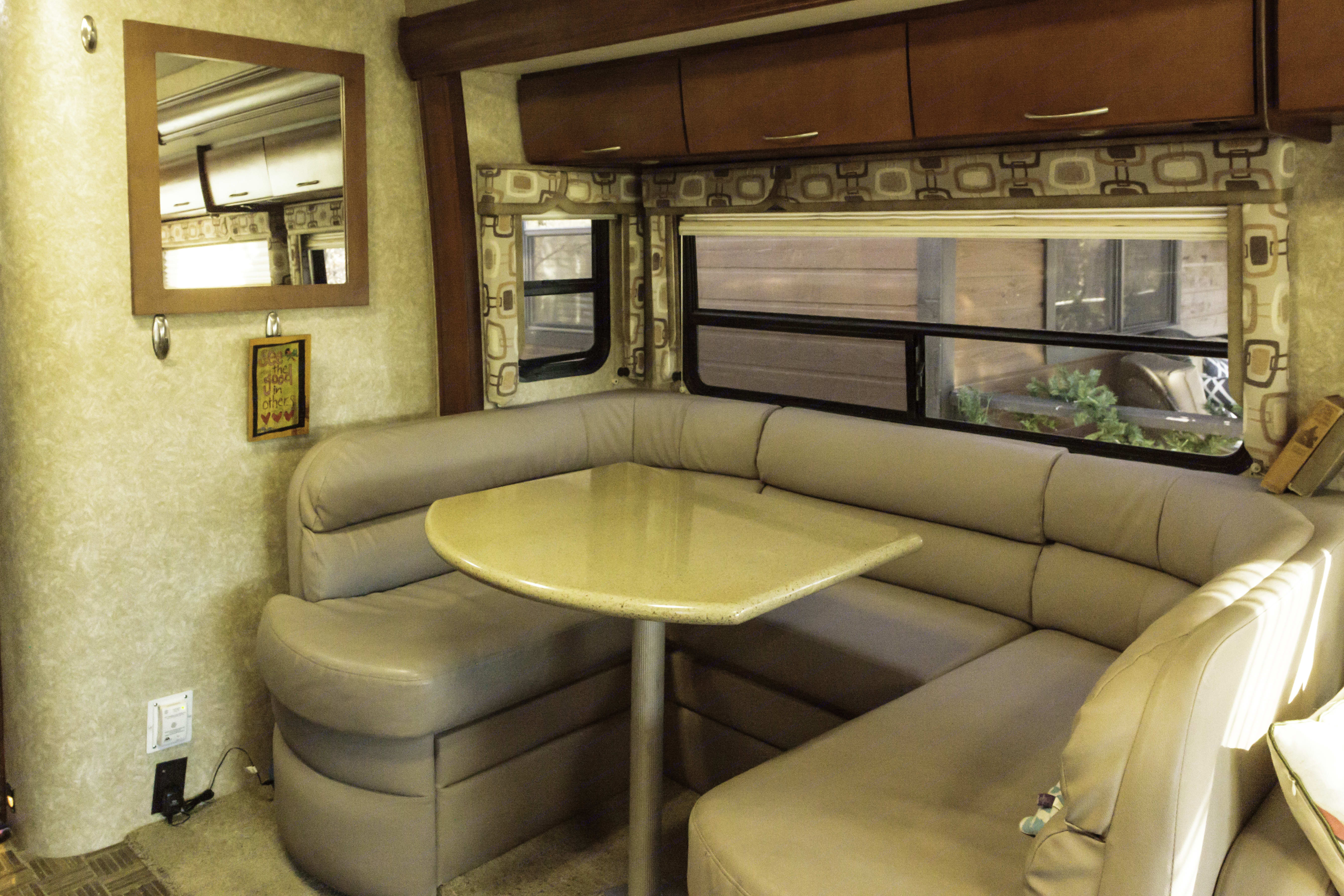 Great booth for dining, conversation, or remote work (if you must!). Thor Motor Coach Serrano 2010