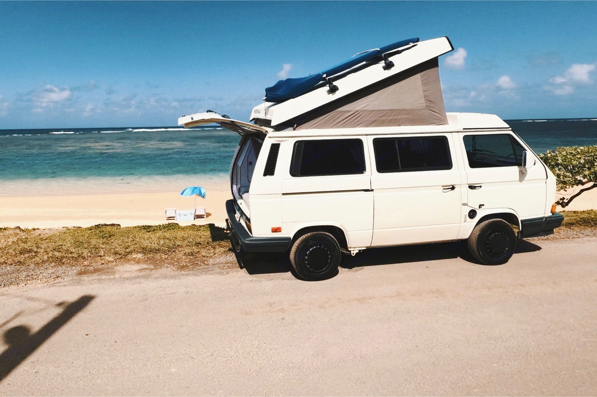 Come beachside it with the Westy! Can't get these views at a hotel.. Volkswagen Vanagon 1990