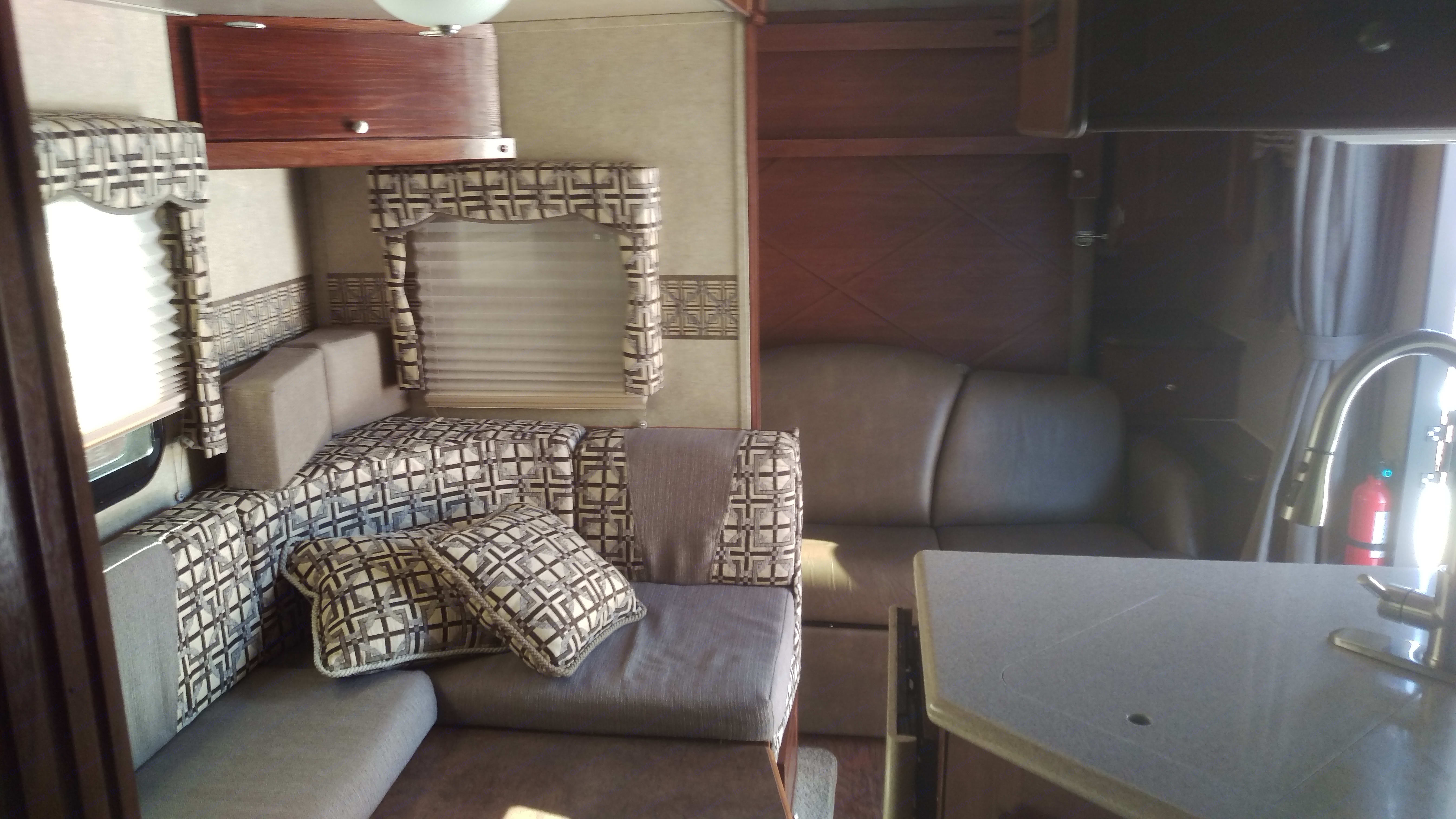 Sweet interior decor. Forest River Rockwood Ultra Lite 2014
