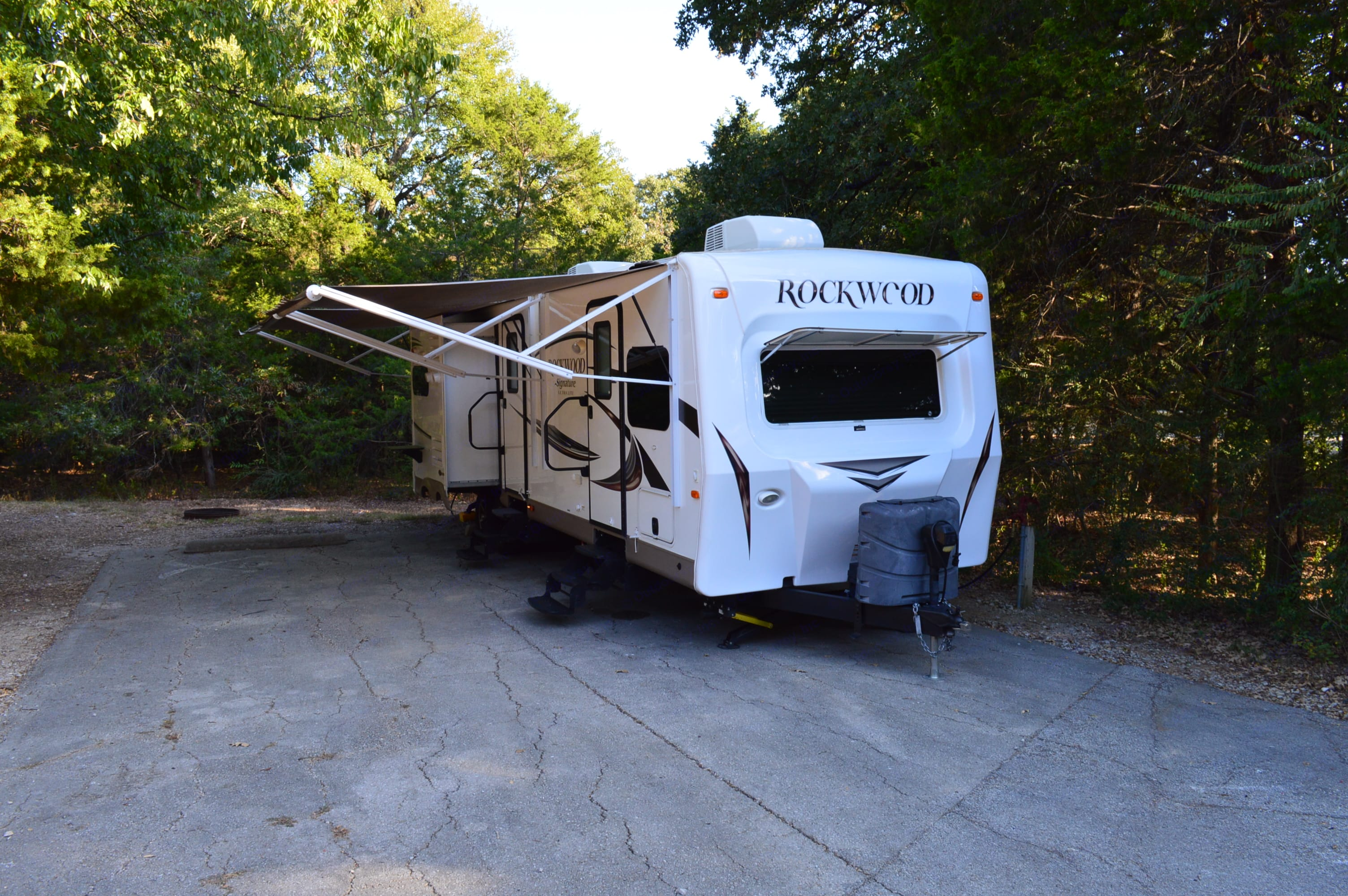 Enjoy an evening out under the shade of two awnings. . Forest River Rockwood Signature UltraLite 2016