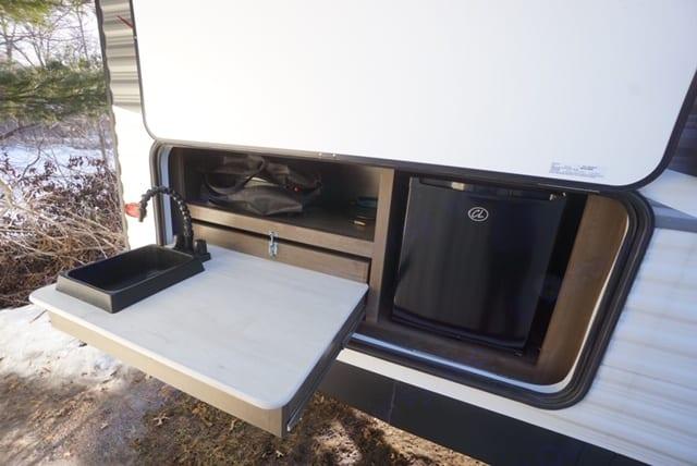 outdoor kitchen area. Keystone Coleman Lantern 244BH 2019