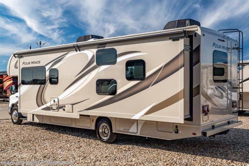 Exterior 2. Thor Motor Coach Four Winds 2020