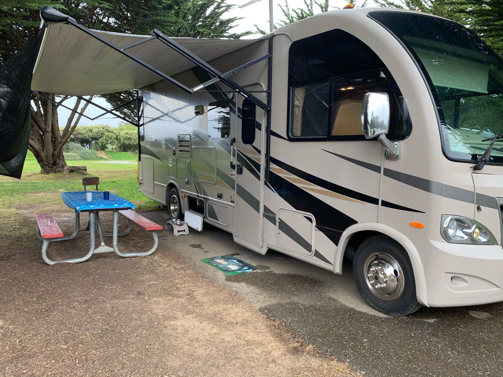 Exterior with awning. Thor Motor Coach Axis 2015