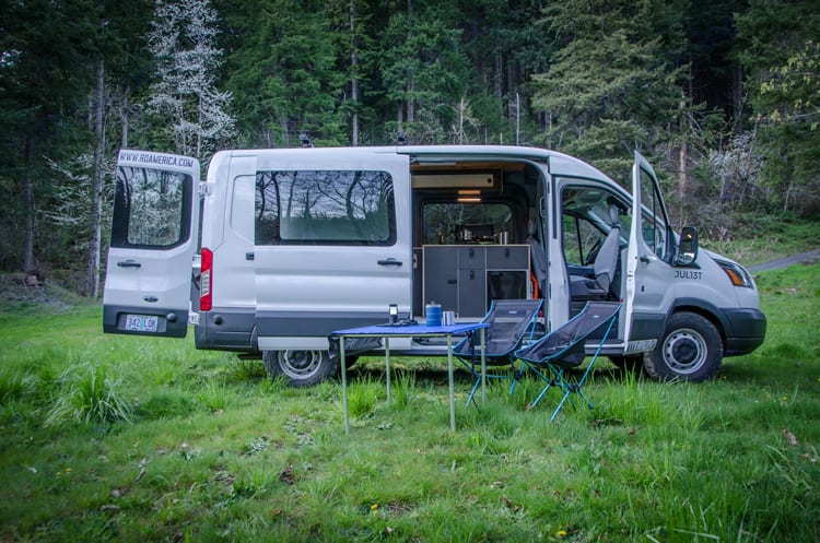 A great camp set up. Easy to! Just open your doors and start enjoying Mother Nature.. Ford Transit 2017
