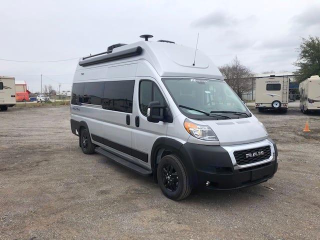 Dodge B Van 2021