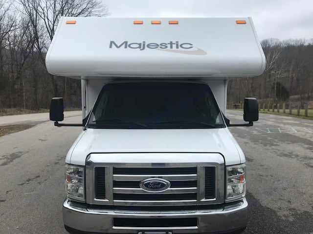 Thor Motor Coach Majestic 28A 2014