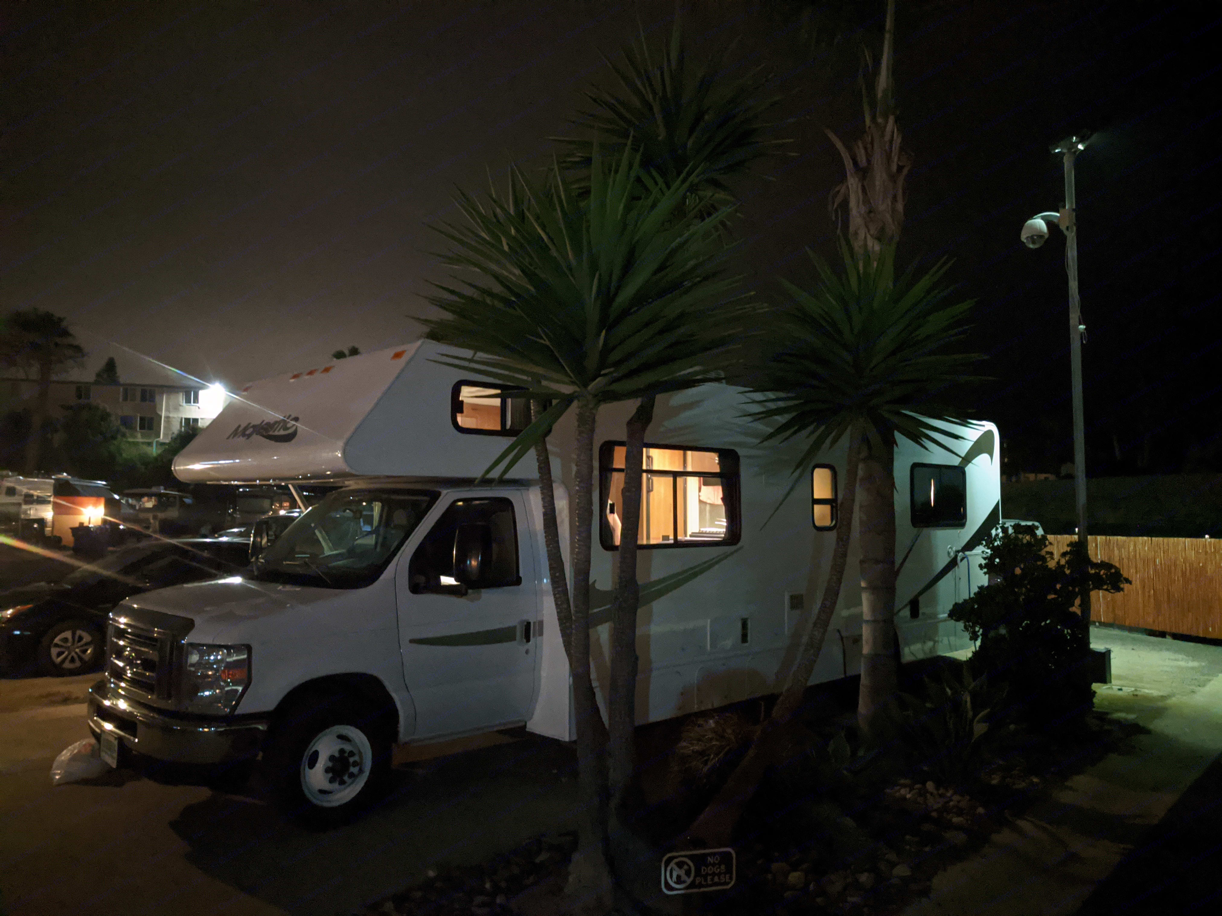 Cool nighttime photo! :). Thor Motor Coach Four Winds Majestic 2015