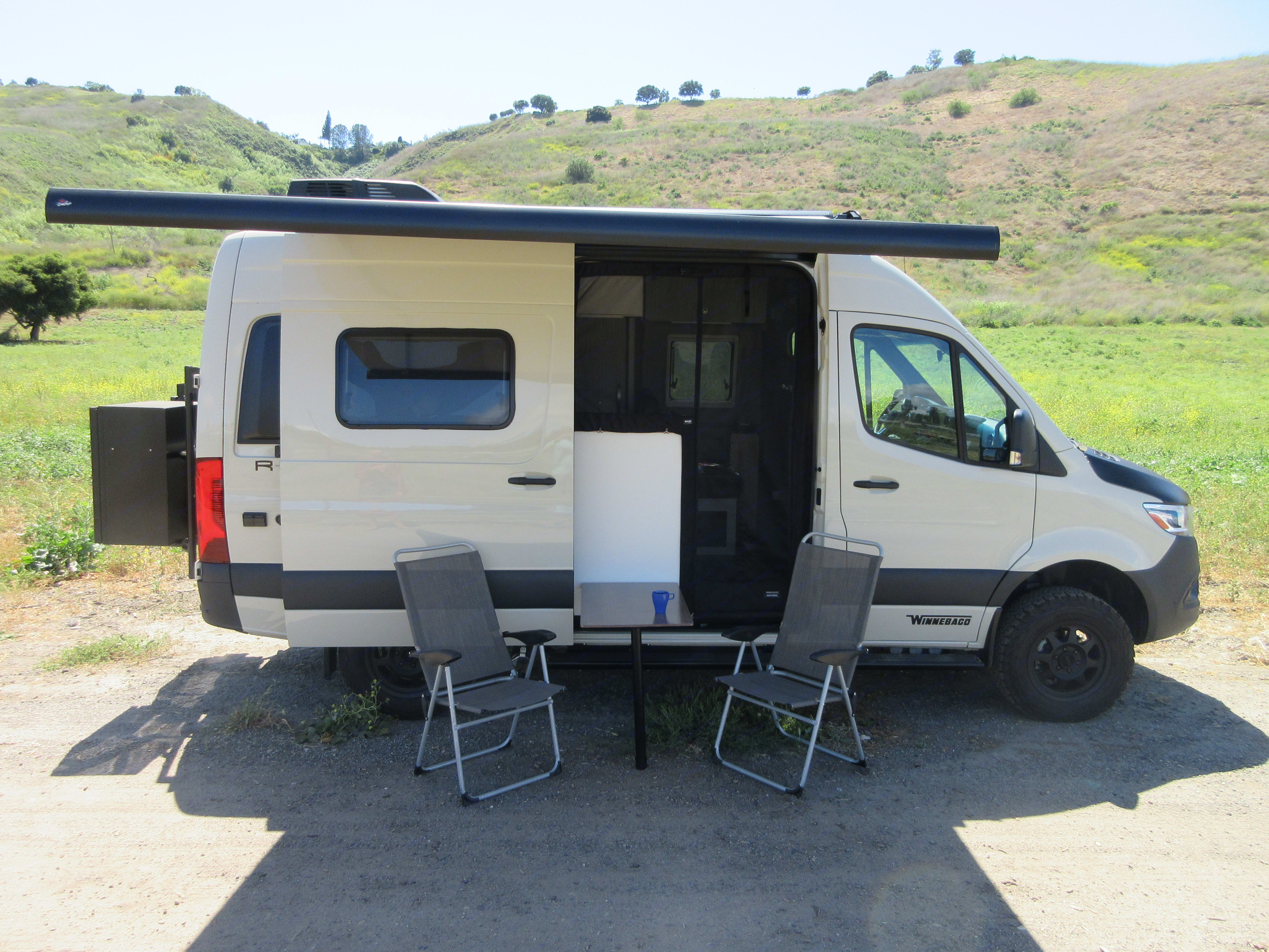 Side Awning, Table and Screen. Winnebago Other 2020