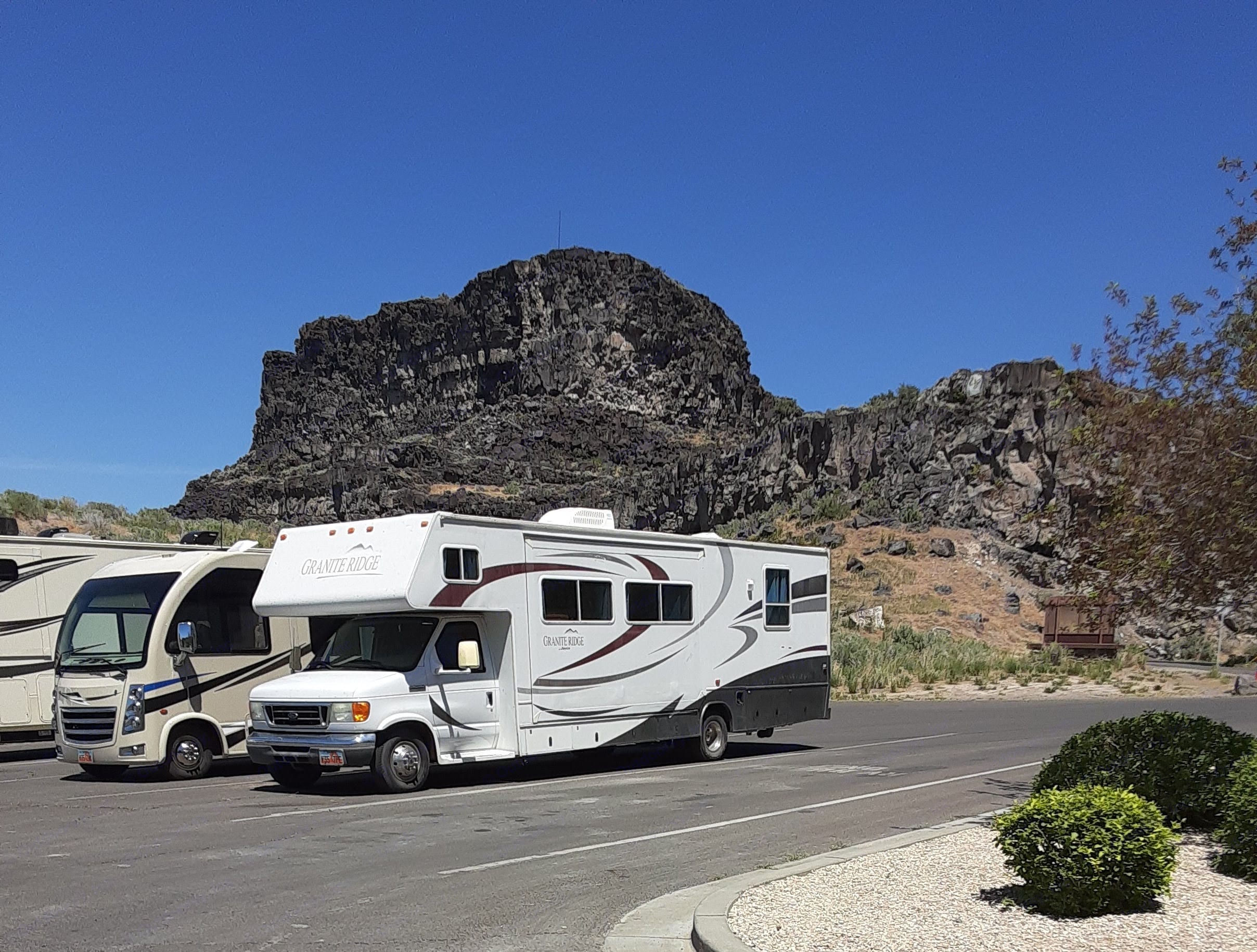 Ready for a Day at Shoshone Falls!. Jayco Granite Ridge 2006