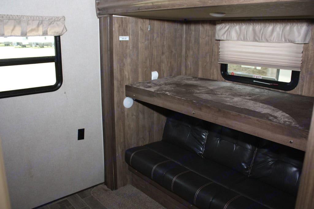 Inside bunk room. Palomino Puma 2018