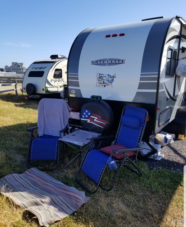 OBX North Carolina - Water View Campsite. Starcraft Satellite 2017