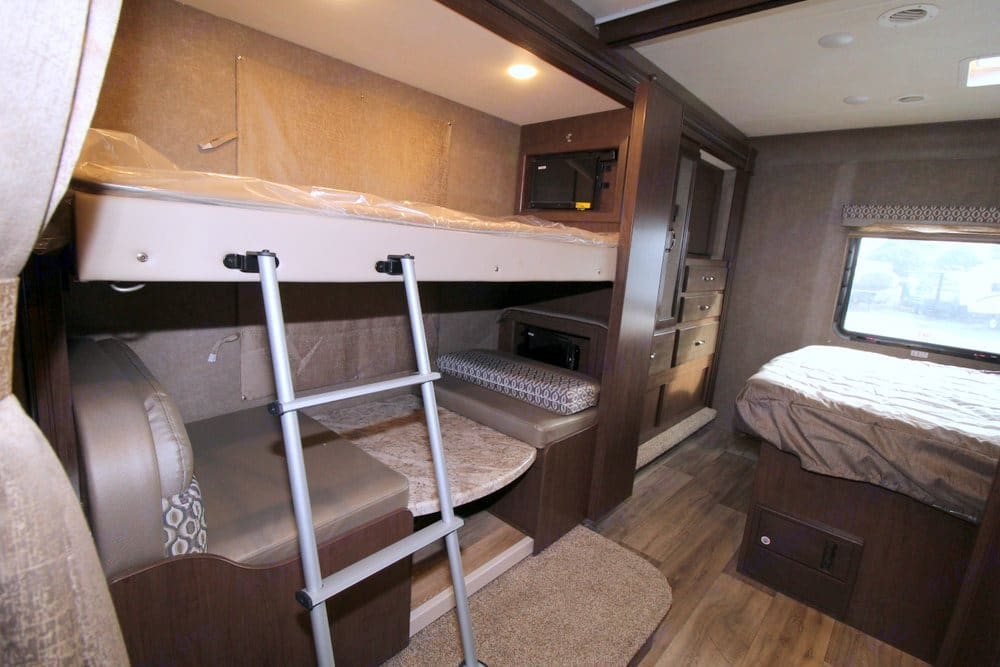 bunks and 2nd dinette w/ TVs. Thor Motor Coach Freedom Elite 30FE 2020