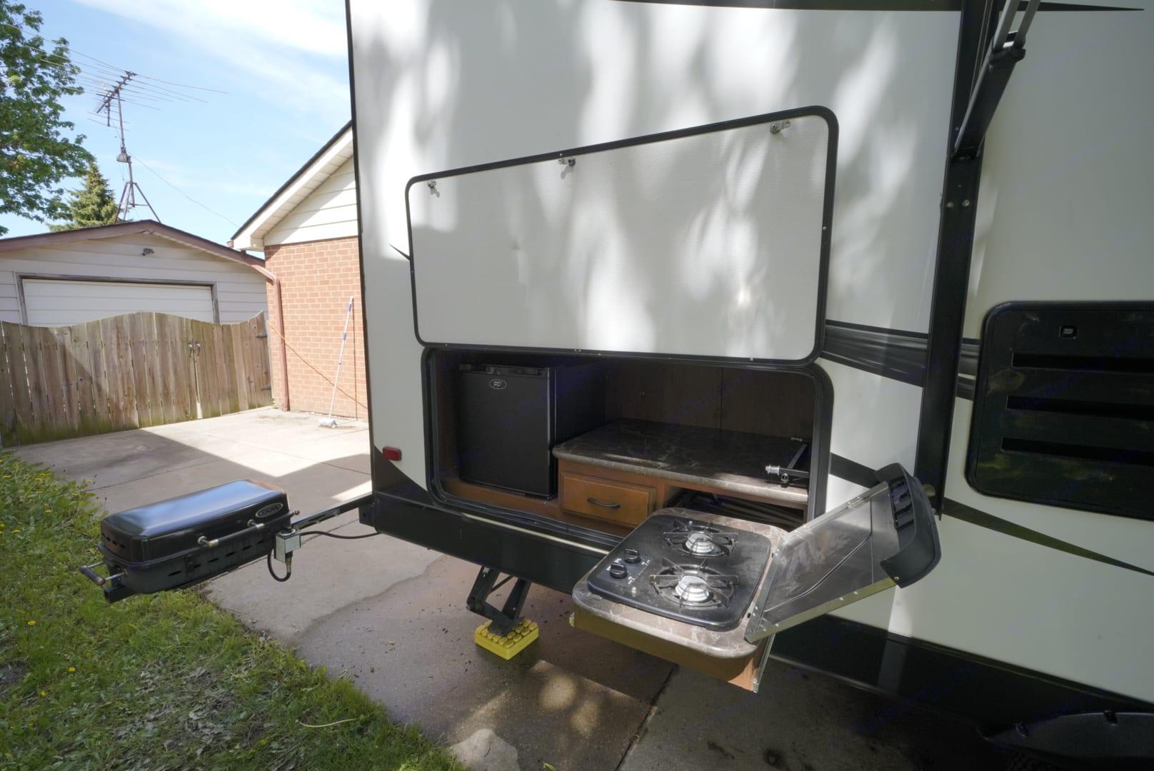 Outdoor kitchen . Jayco White Hawk 2016