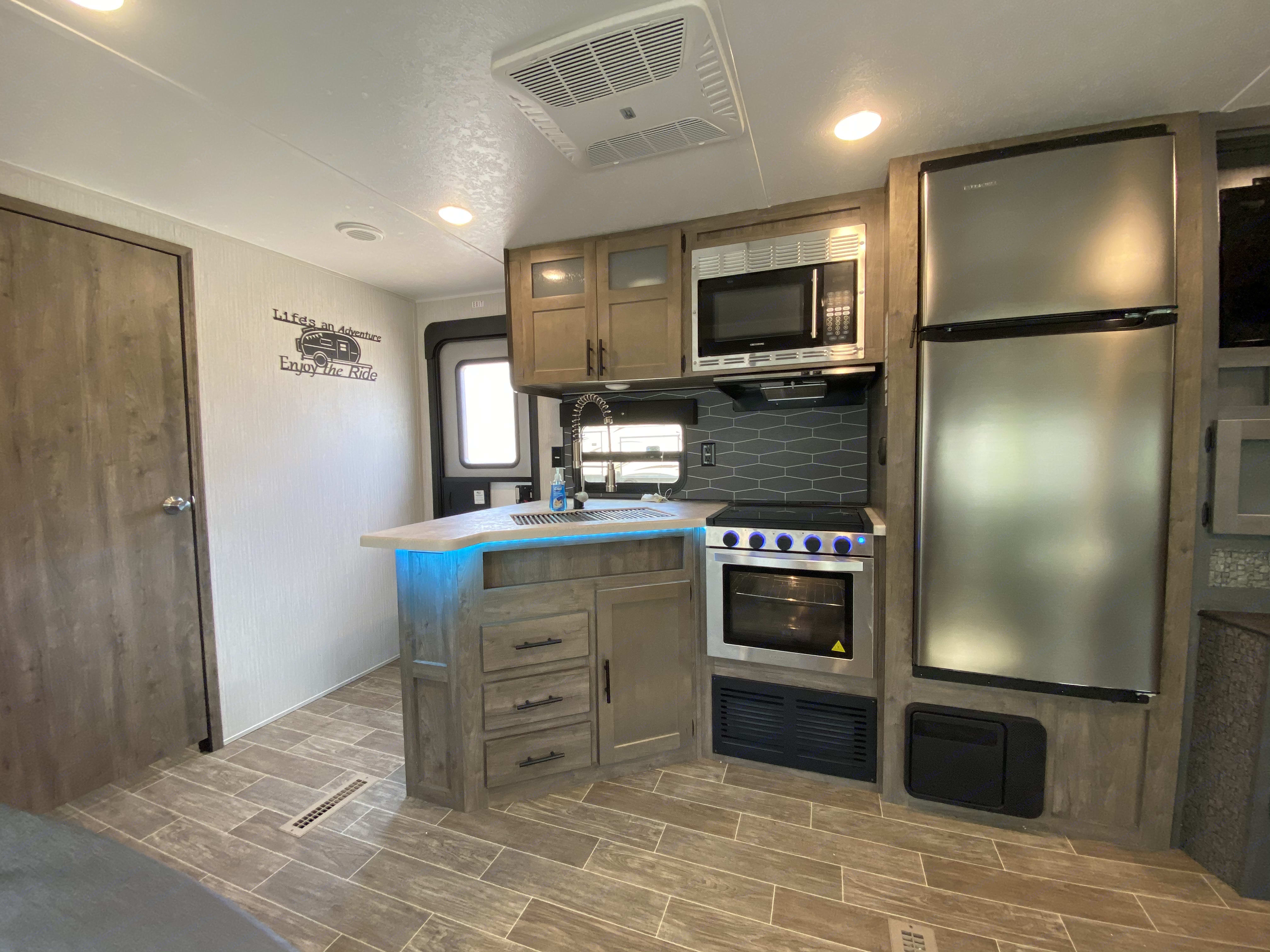 Full kitchen. Palomino Puma 2020