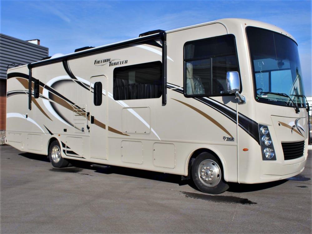 Thor Motor Coach Freedom Traveler 2020