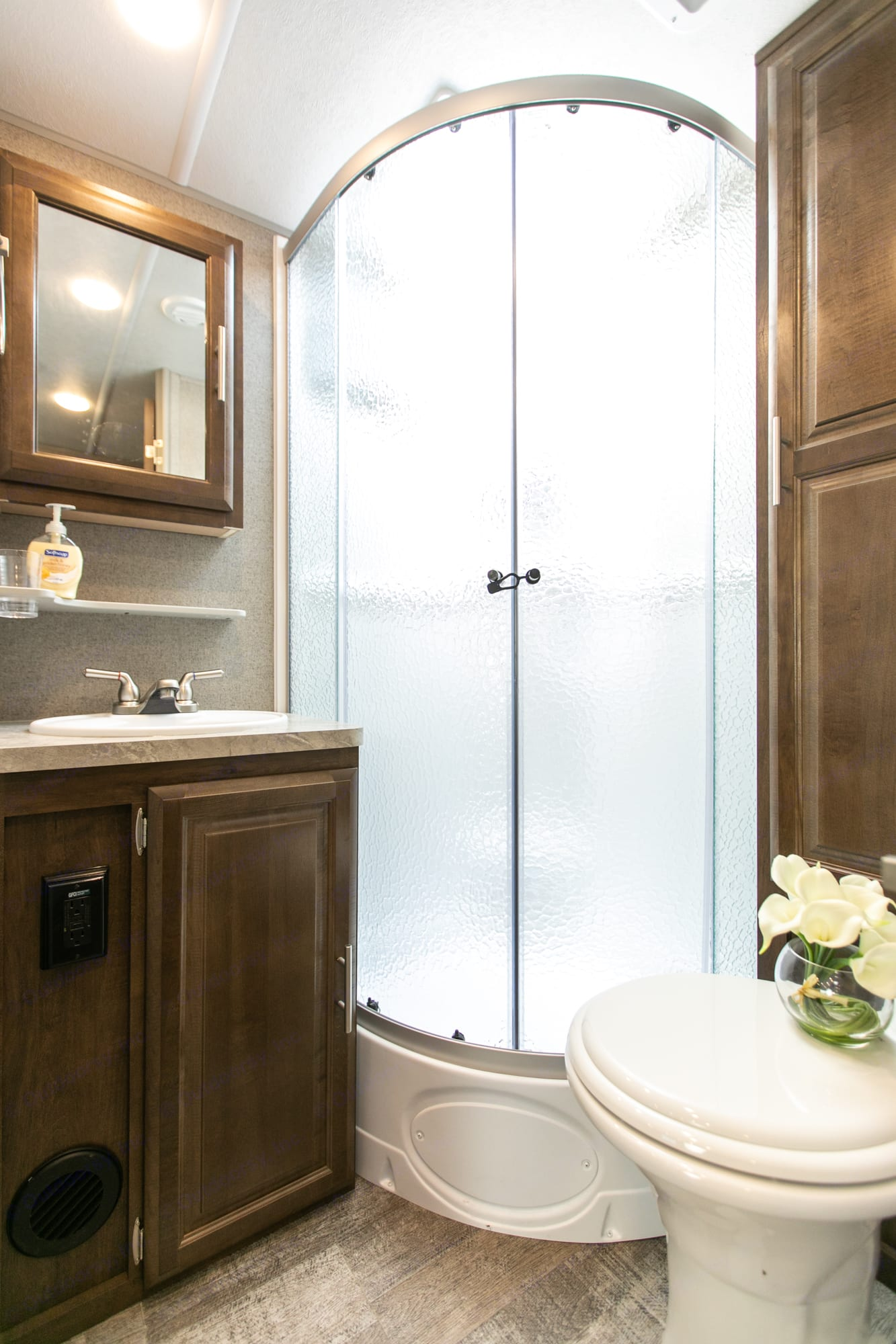 Shower with double glass door. Forest River Rockwood Mini Lite 2020