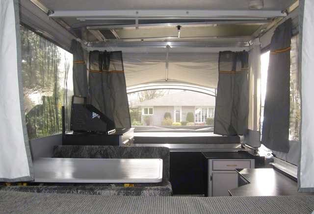 Front Interior View. Fleetwood Evolution 2008