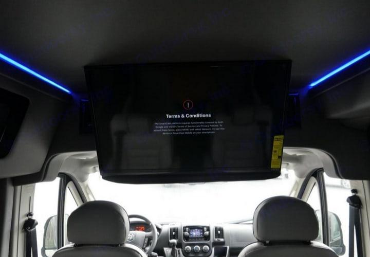 32 inch tv. Ram Promaster 2019