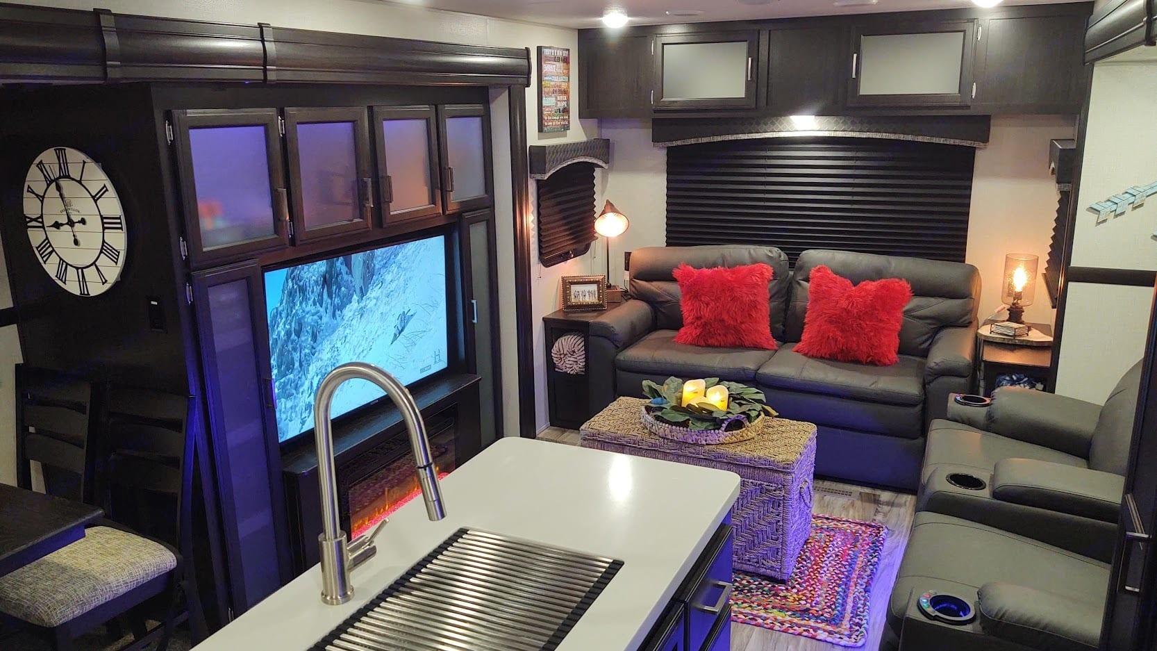 Living Room TV Fireplace. Venture Rv Sporttrek 2020