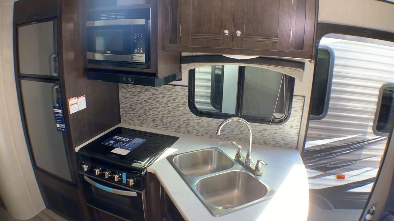 Kitchen. Heartland Trail Runner 2020