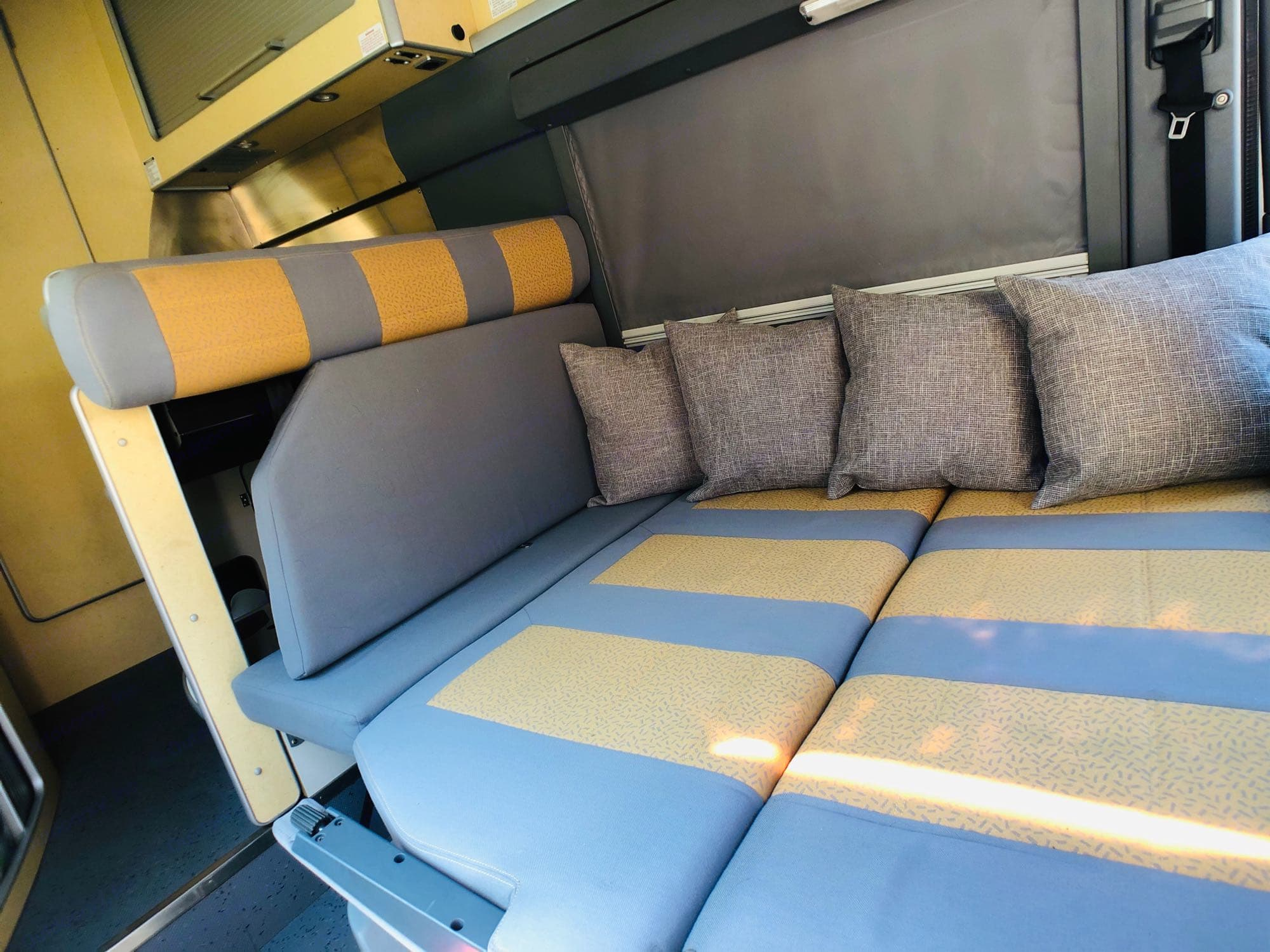 Can turn to Twin Bed. Airstream Sprinter 2005