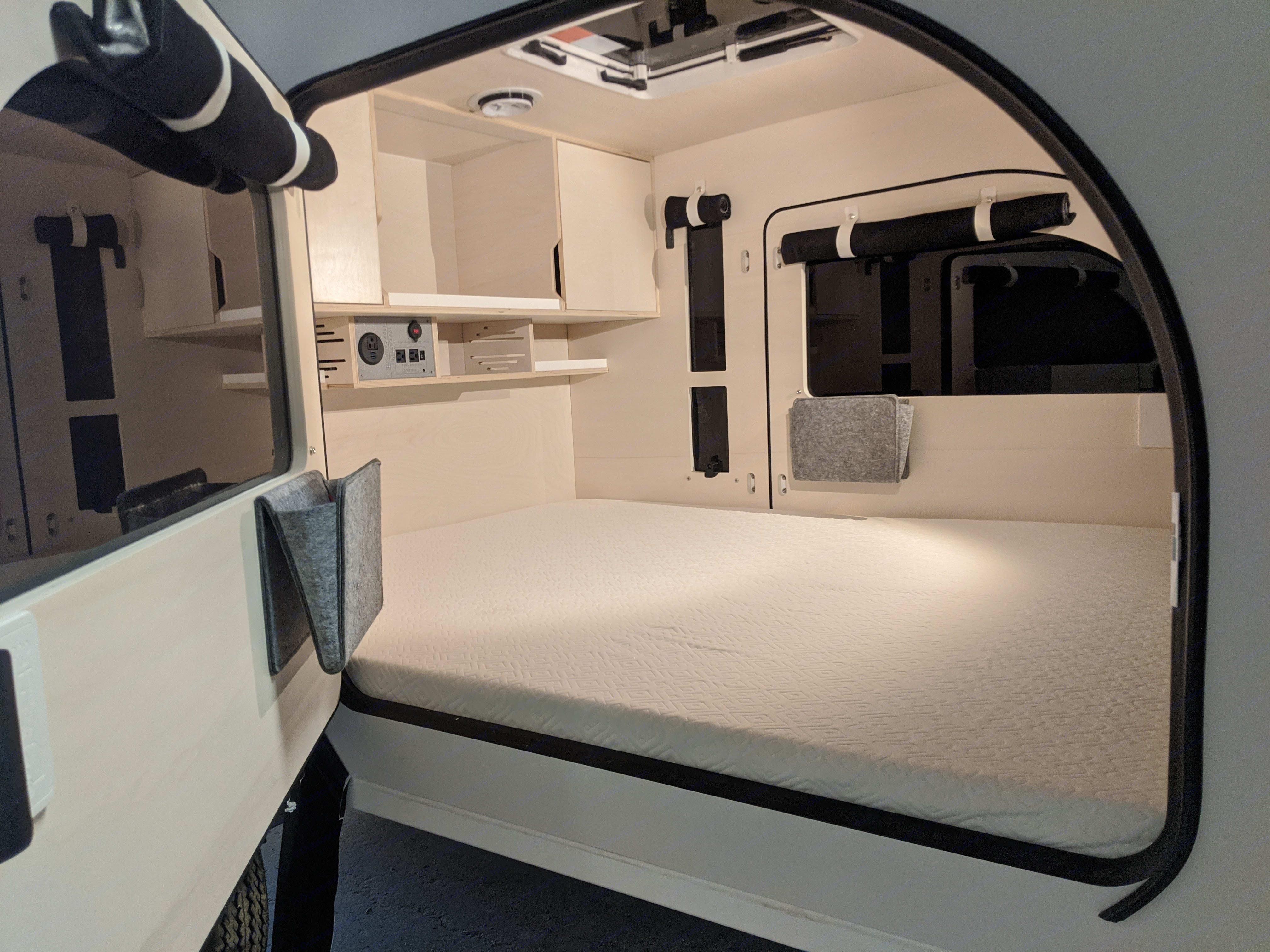 Spacious sleeping area. DROPLET 58 2020