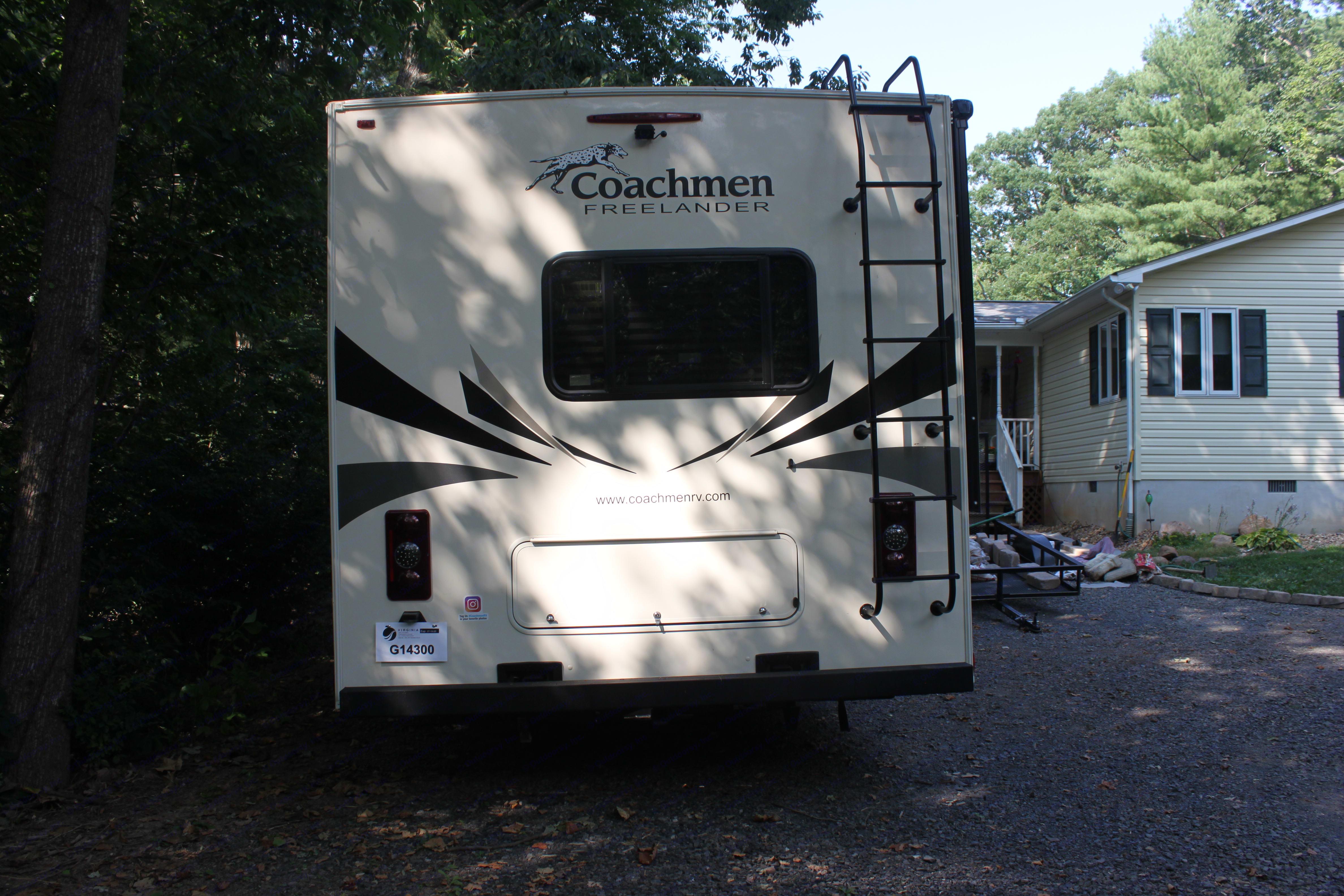 Backup camera. Coachmen Freelander 2020