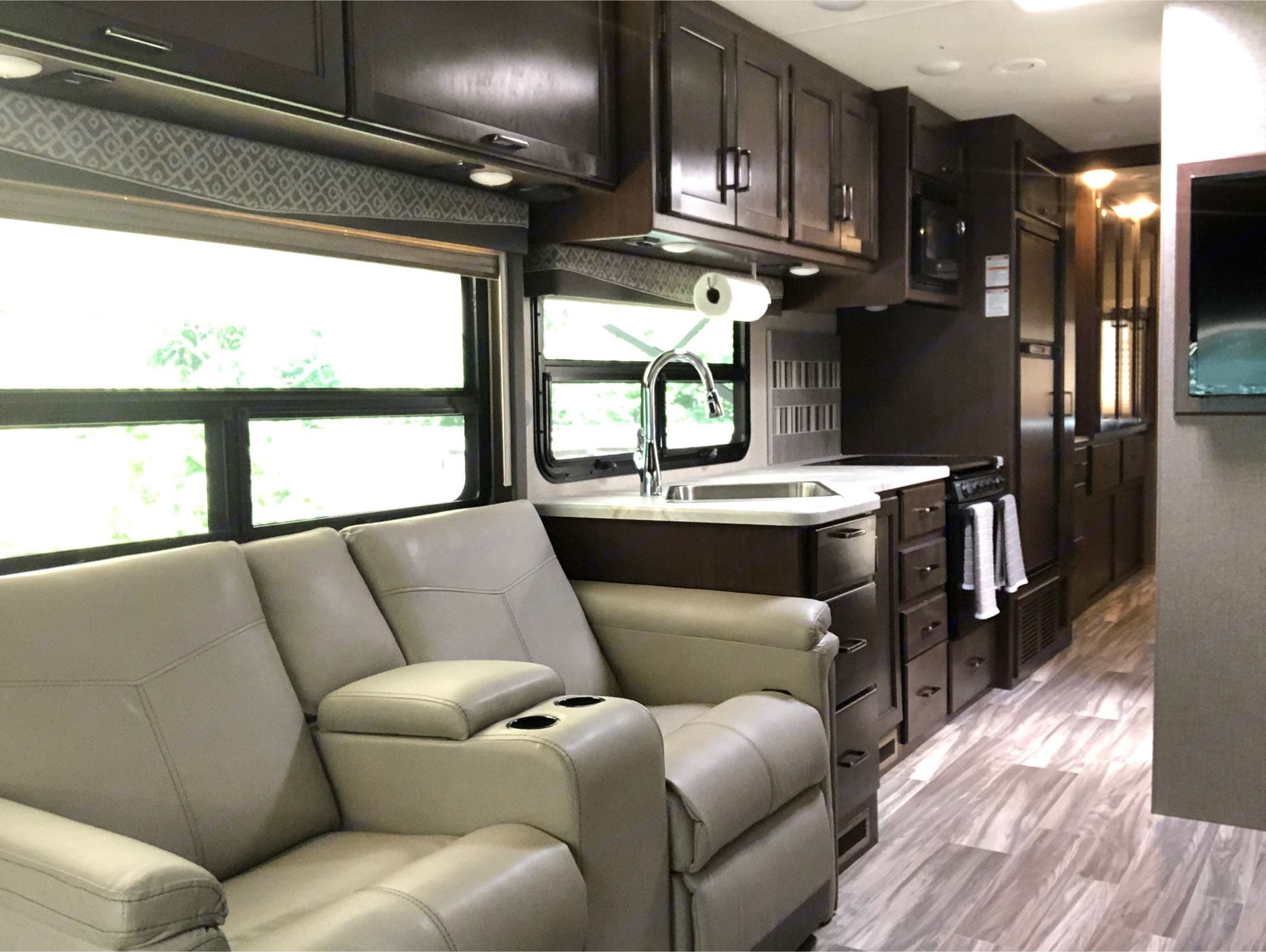 Recliners and Kitchen. Thor Motor Coach A.C.E 2020