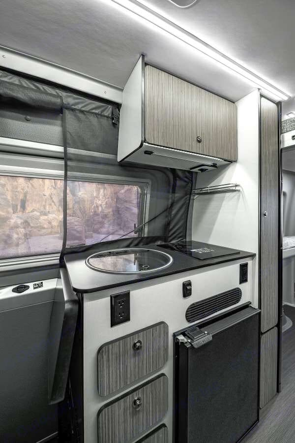 Winnebago Revel 2022