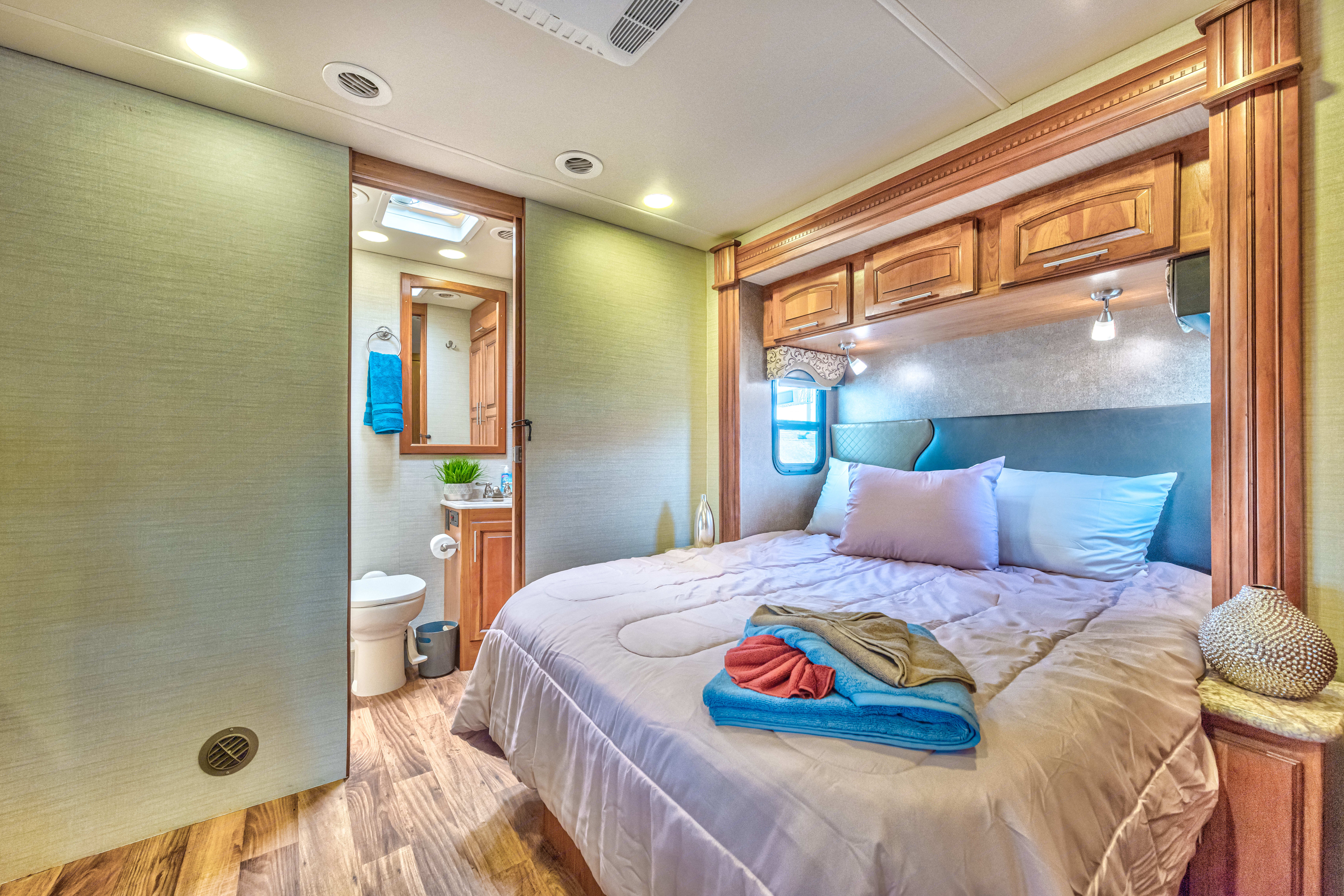 MASTER BED -lay down like a king and queen!. Jayco Precept 2017