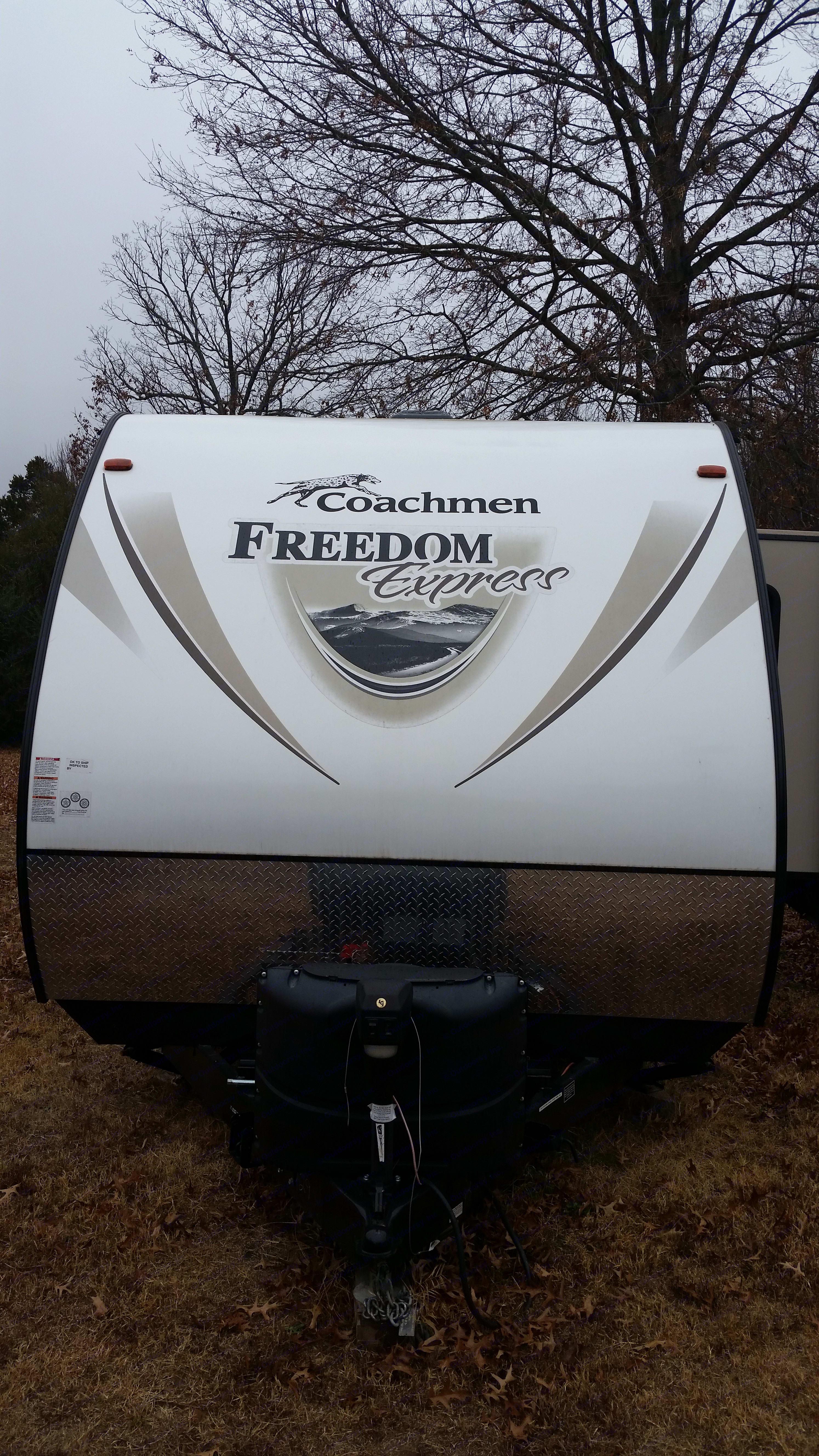 Coachmen Freedom Express 2016