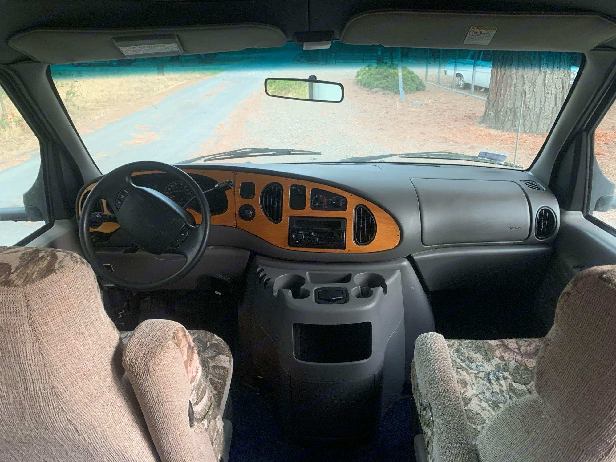 Ford Tioga 2000