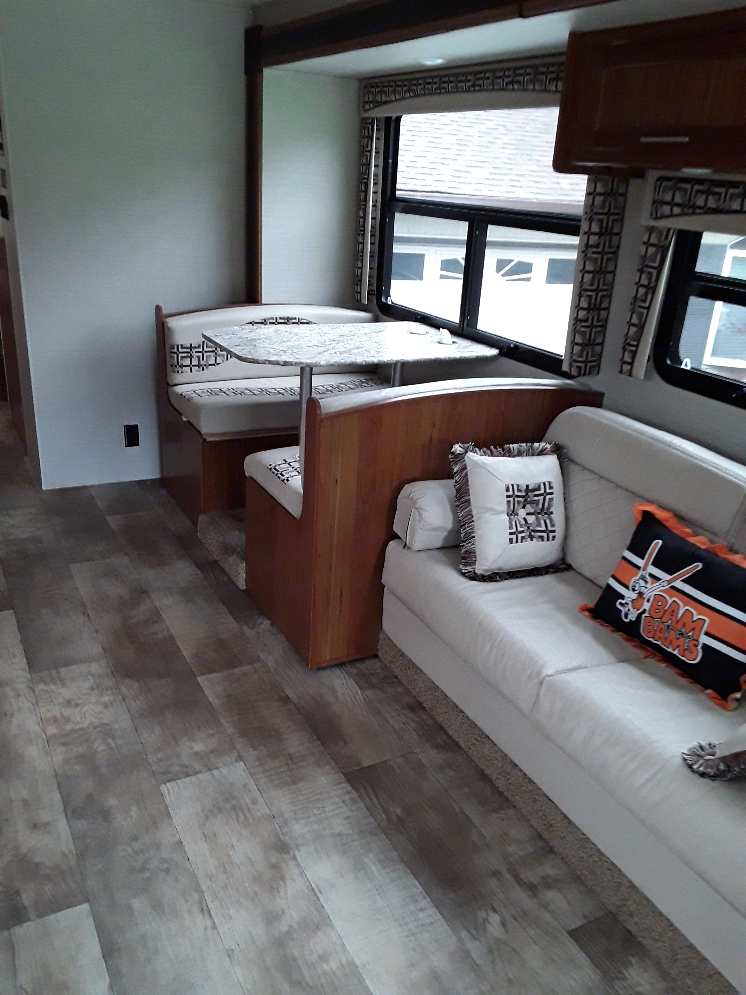 This is jack knife couch and convertible dinette . Jayco Alante 2017