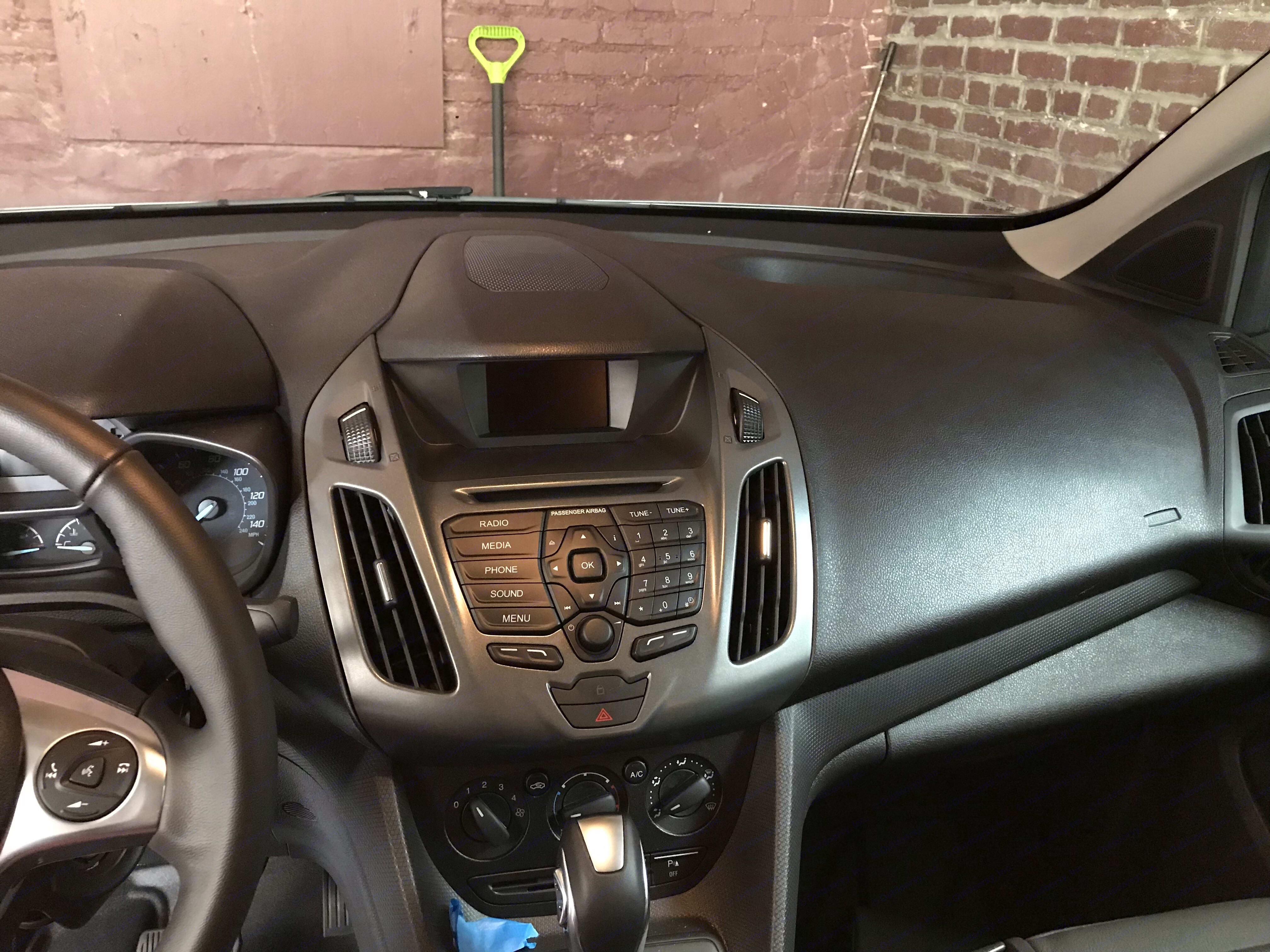 Bluetooth, backup camera, CD player. Ford Transit Custom 2018
